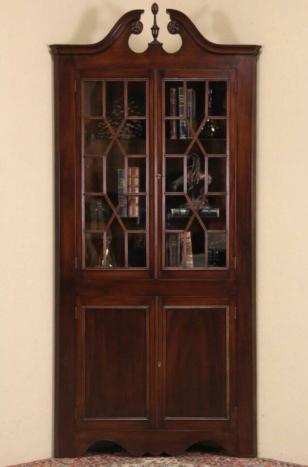 traditional 1930 39 s vintage georgian mahogany corner cabinet glass doors. Black Bedroom Furniture Sets. Home Design Ideas