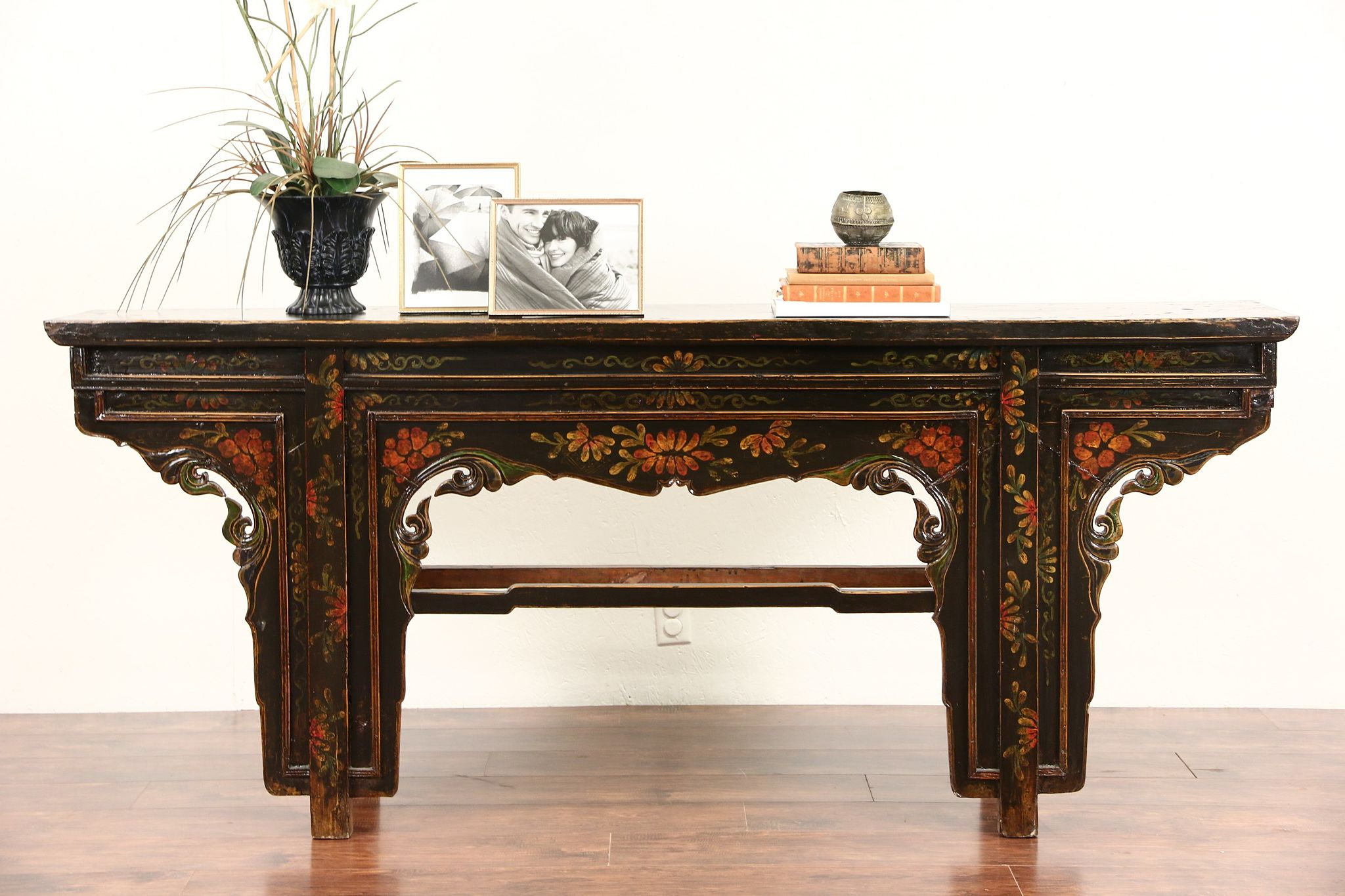 Chinese 1900 Antique Altar, Console Or Sofa Table, Hand Painted Lacquer