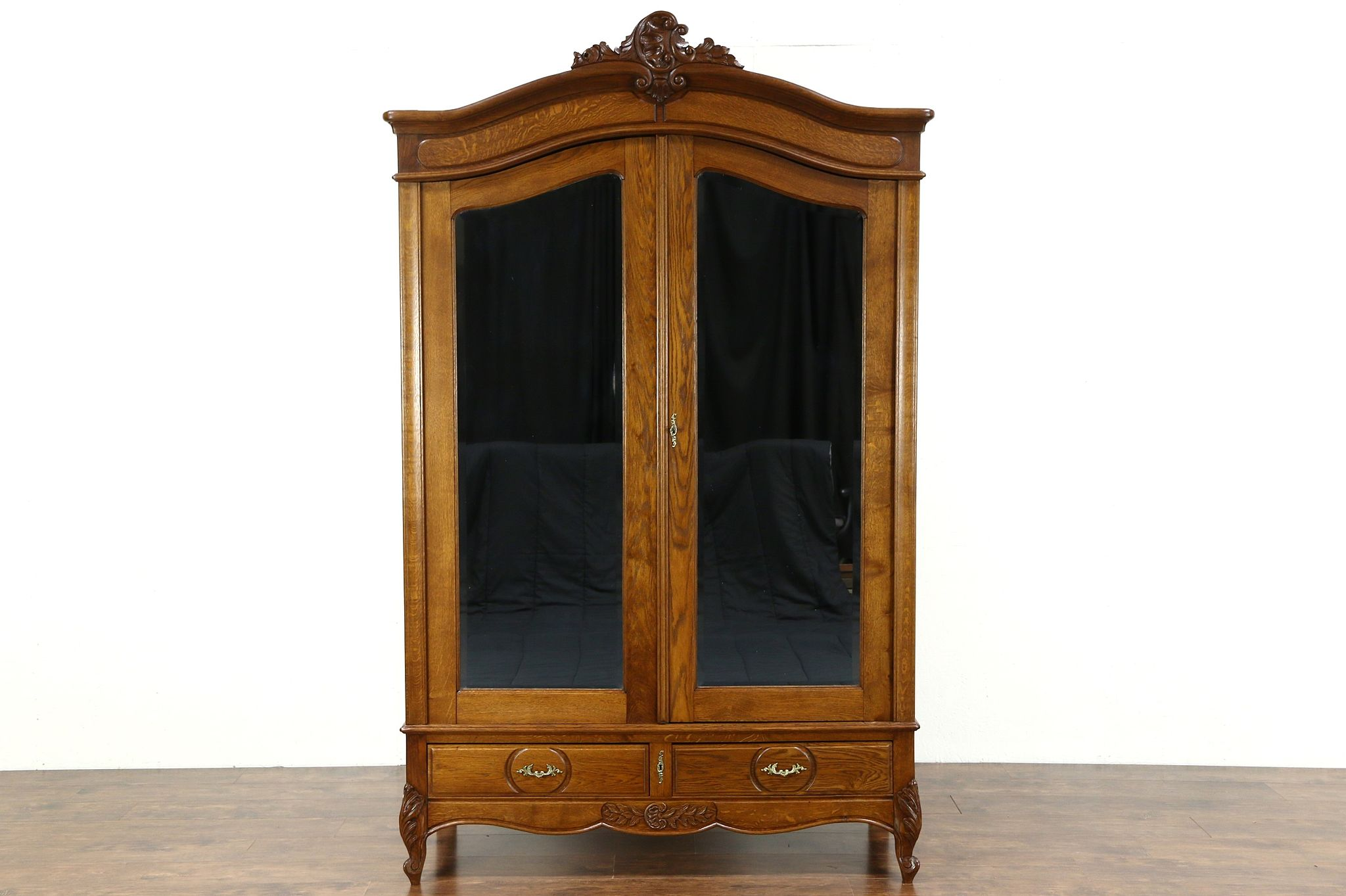 Incroyable Country French 1920 Antique Oak Armoire, Wardrobe Or Closet, Beveled  Mirrors ...
