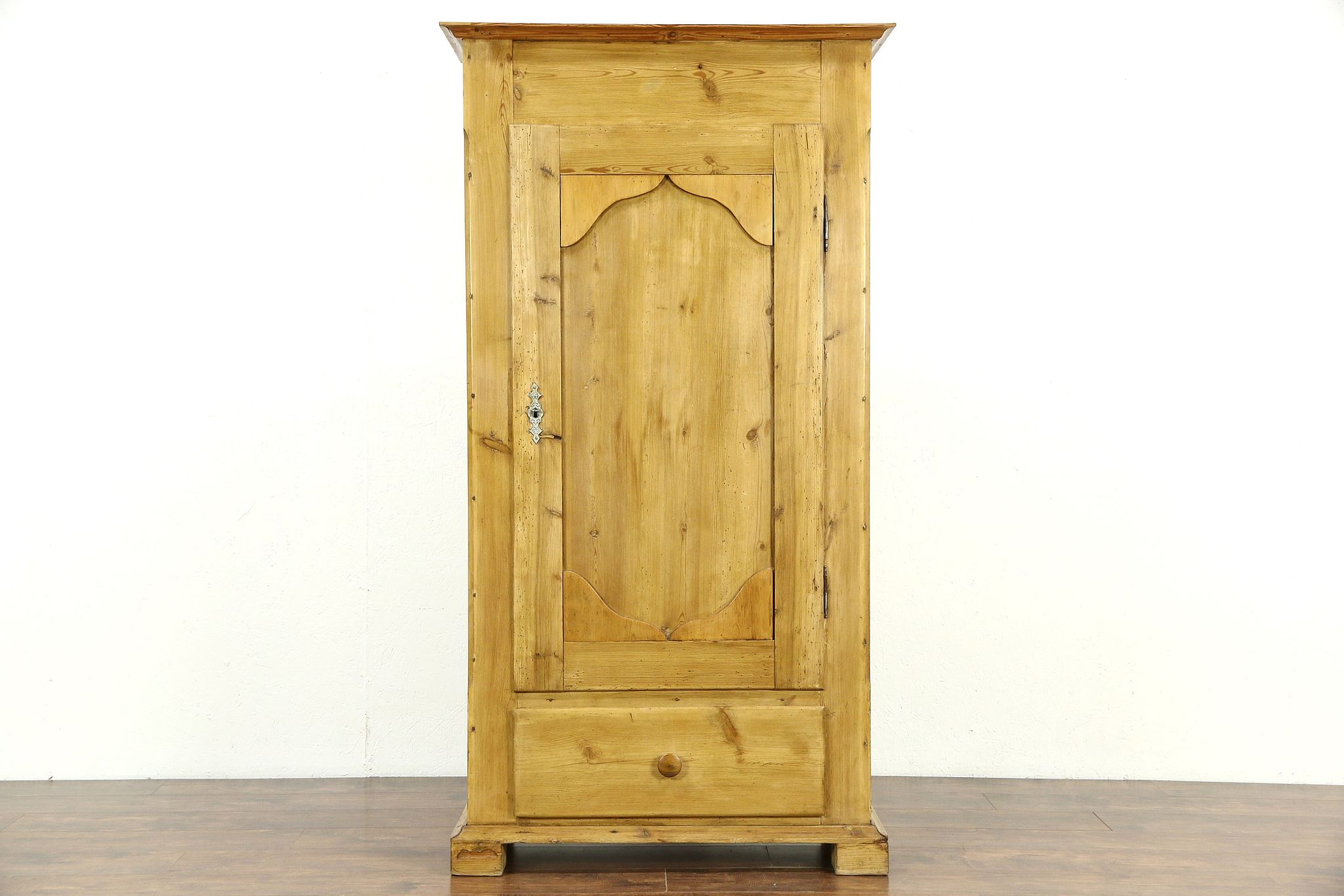Country Pine Antique 1890 Armoire, Wardrobe Or Closet, ...