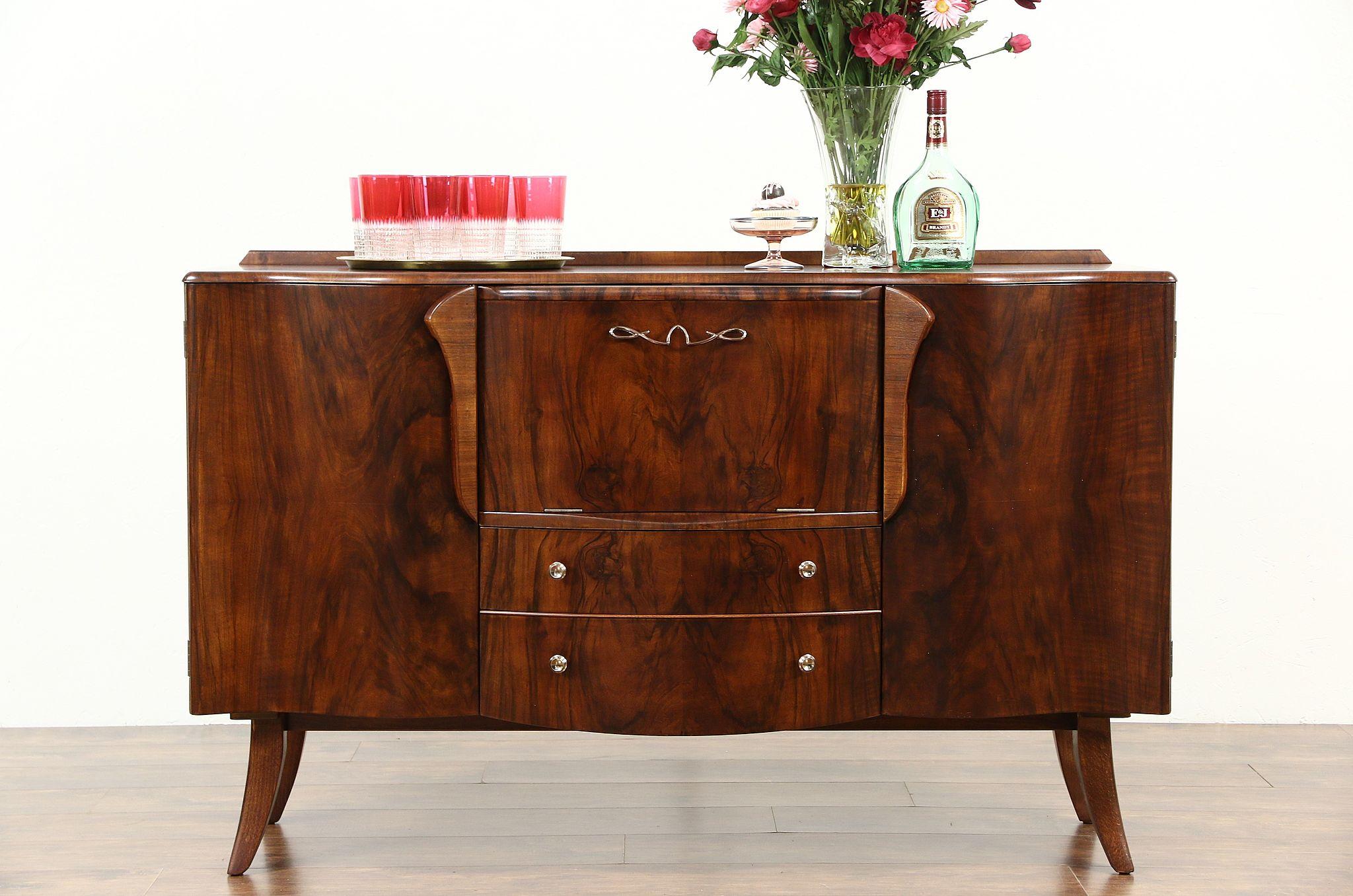 Charmant Midcentury Modern 1960u0027s Vintage English Lighted Bar Cabinet, Signed  Stonehill