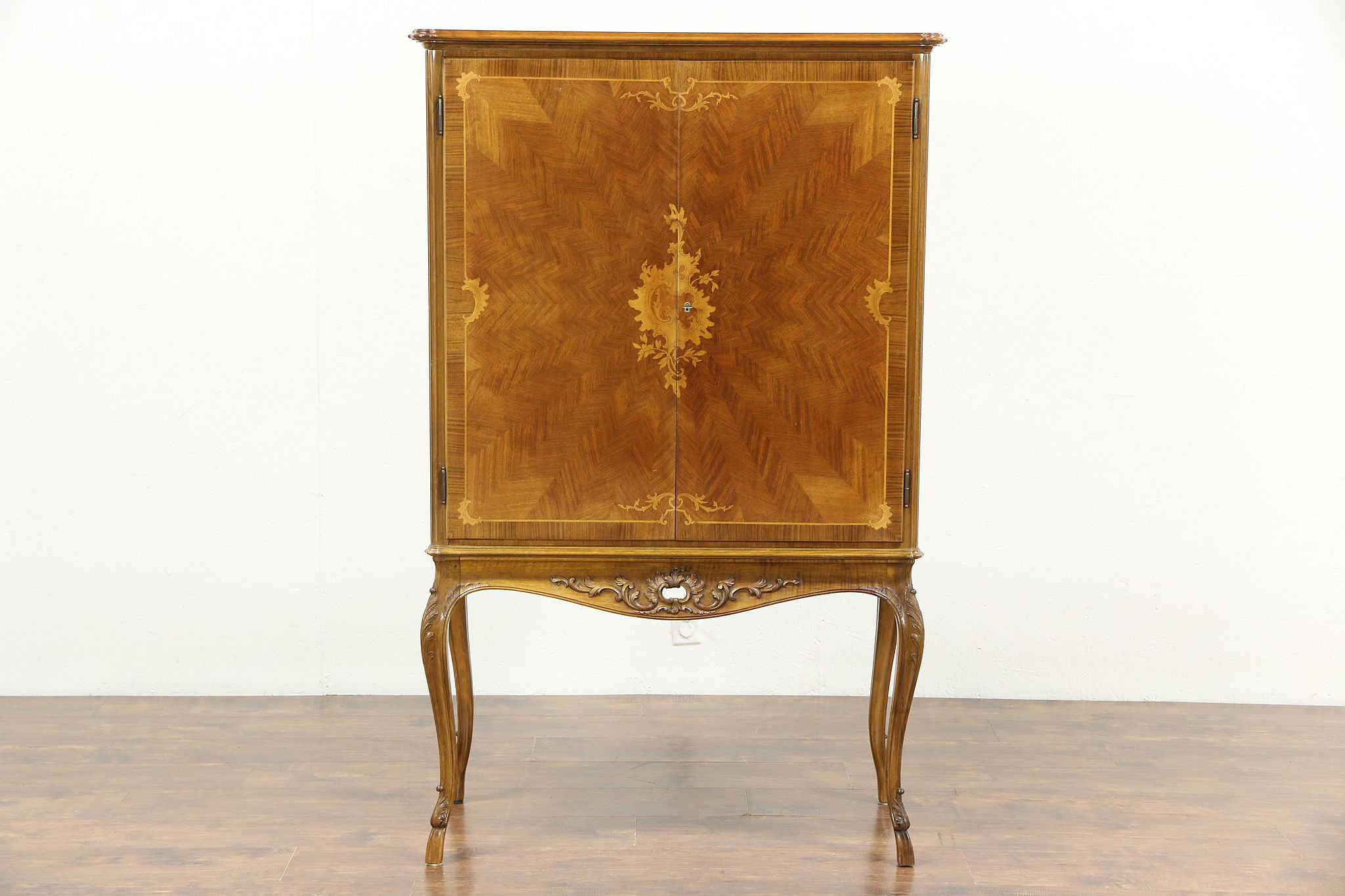 French Rosewood Marquetry 1930u0027s Vintage Lighted Bar Cabinet
