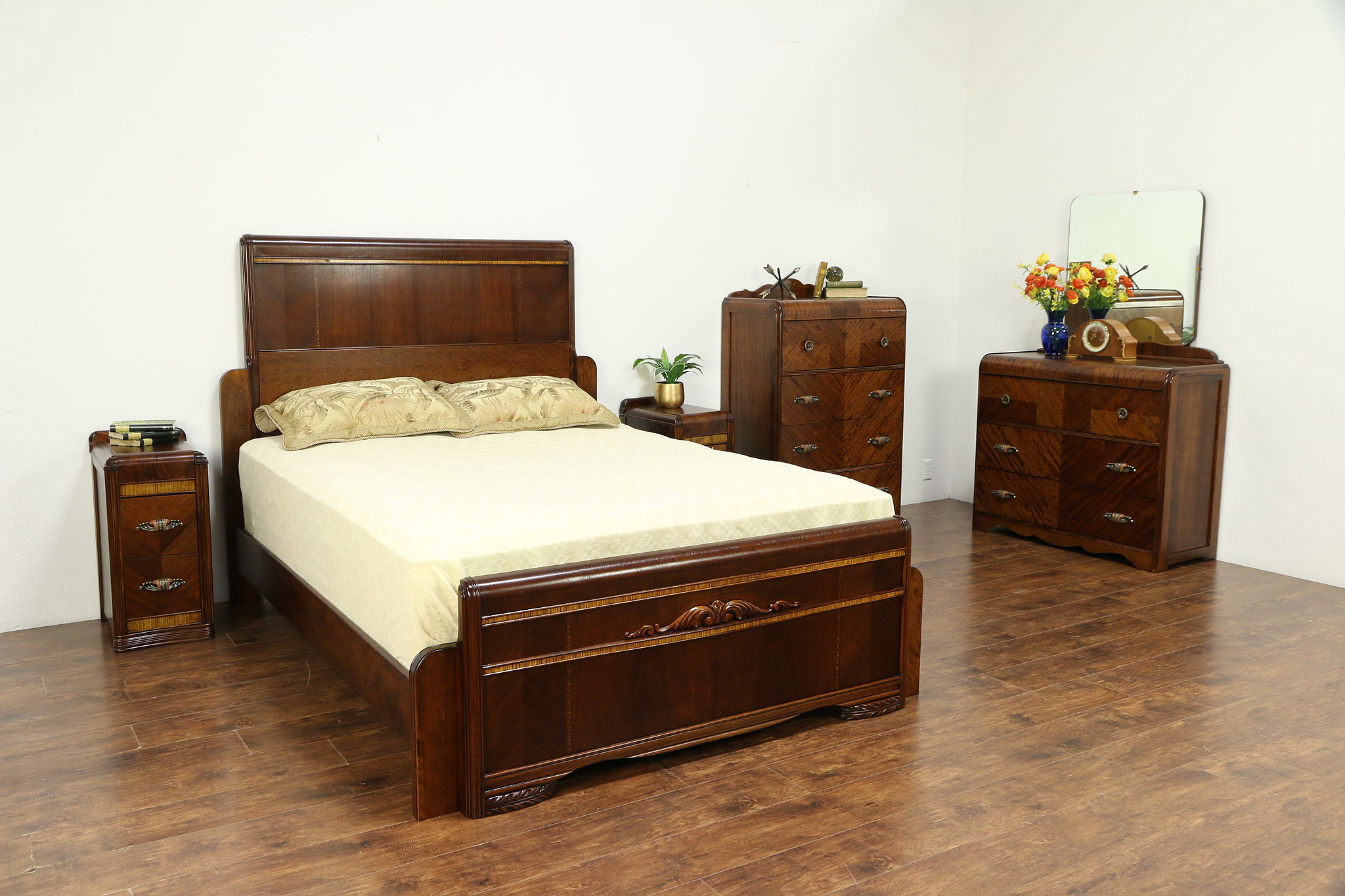 Art Deco Waterfall Queen Size 5 Pc. Vintage 1930\'s Bedroom Set, Bakelite  #30455