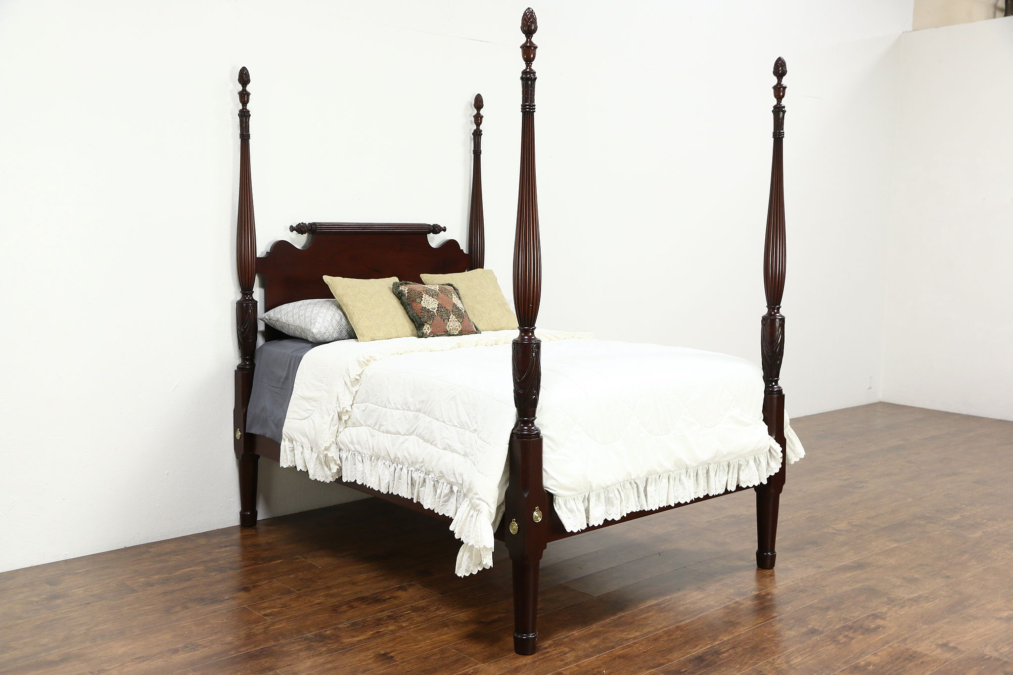 Pinele Four Poster Full Size Bed 1900 Antique Hand Carved Mahogany