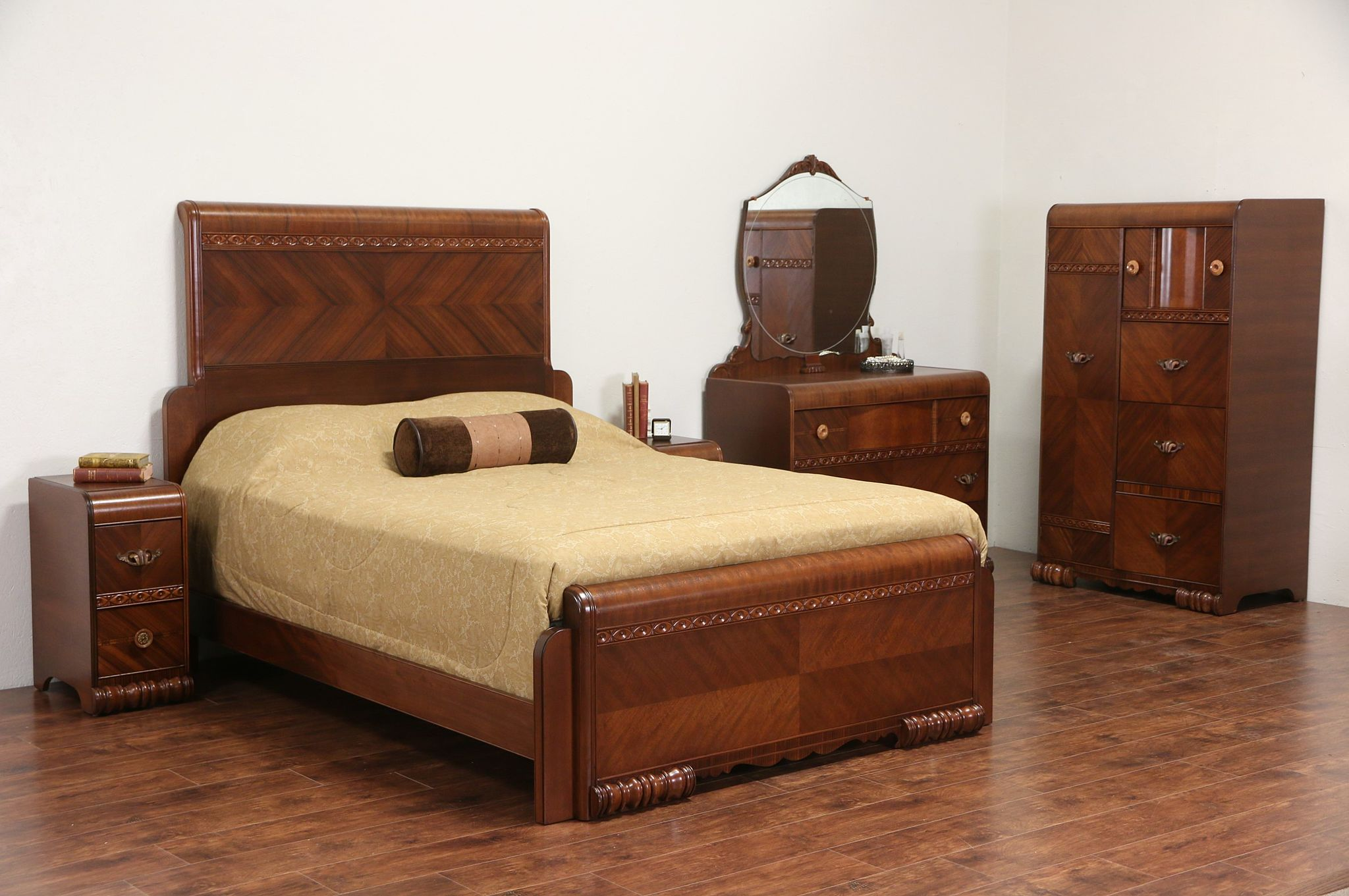 sold art deco 1935 vintage queen size waterfall 5 pc bedroom set with nightstands harp gallery. Black Bedroom Furniture Sets. Home Design Ideas