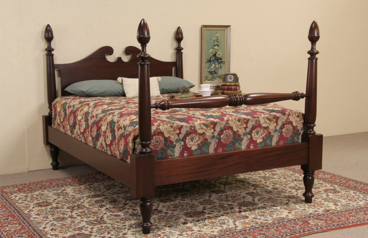 Sold Poster Bed Mahogany Queen Size 1900 39 S Antique Harp Gallery