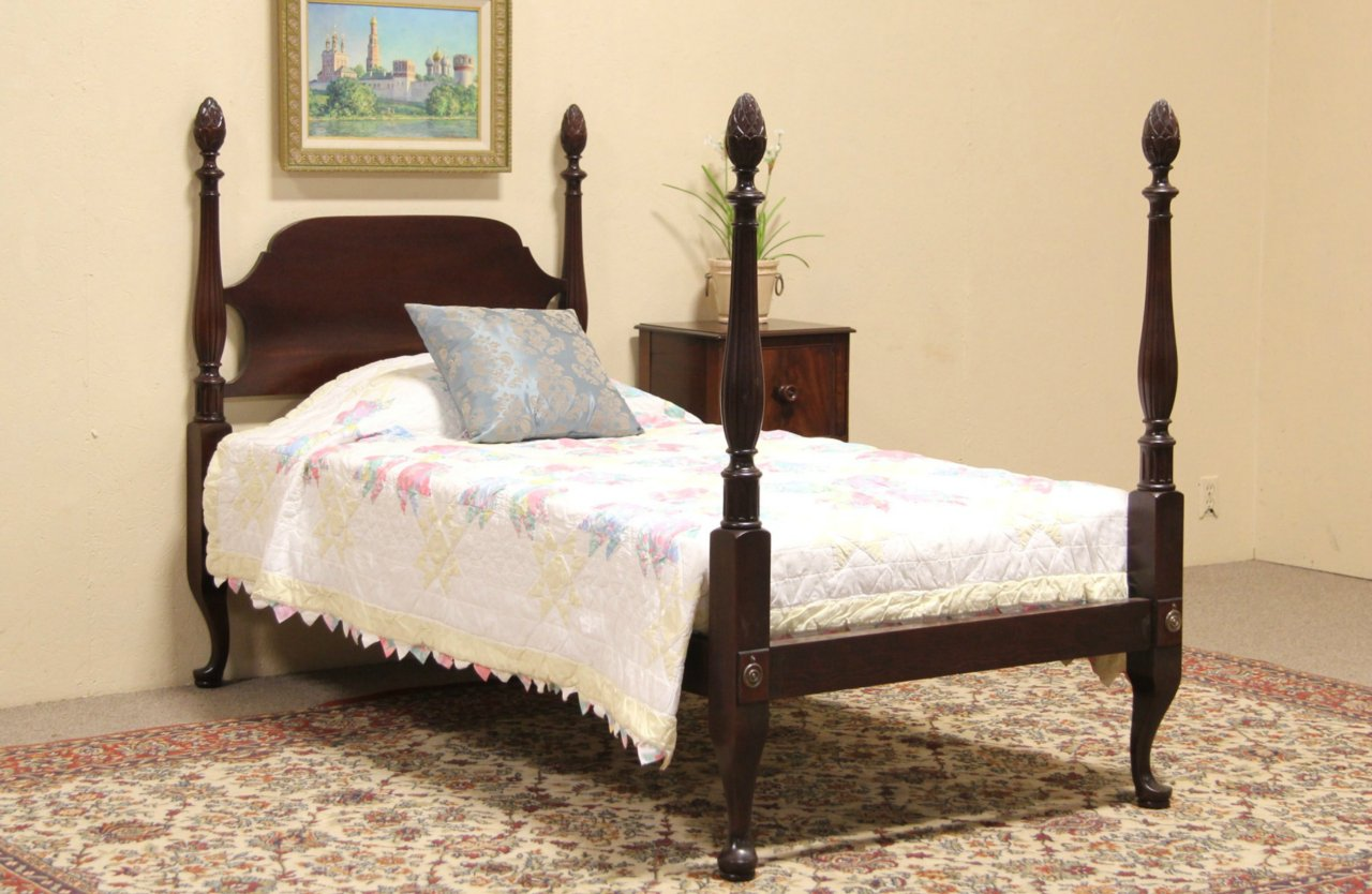 sold pineapple 4 poster twin size 1925 mahogany bed harp gallery. Black Bedroom Furniture Sets. Home Design Ideas