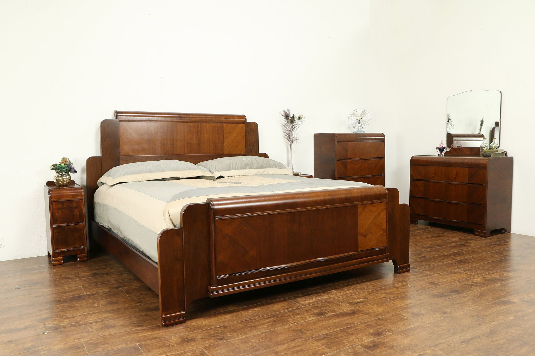 Art Deco Waterfall Design 1940 Vintage 5 Pc Bedroom Set, King Size ...
