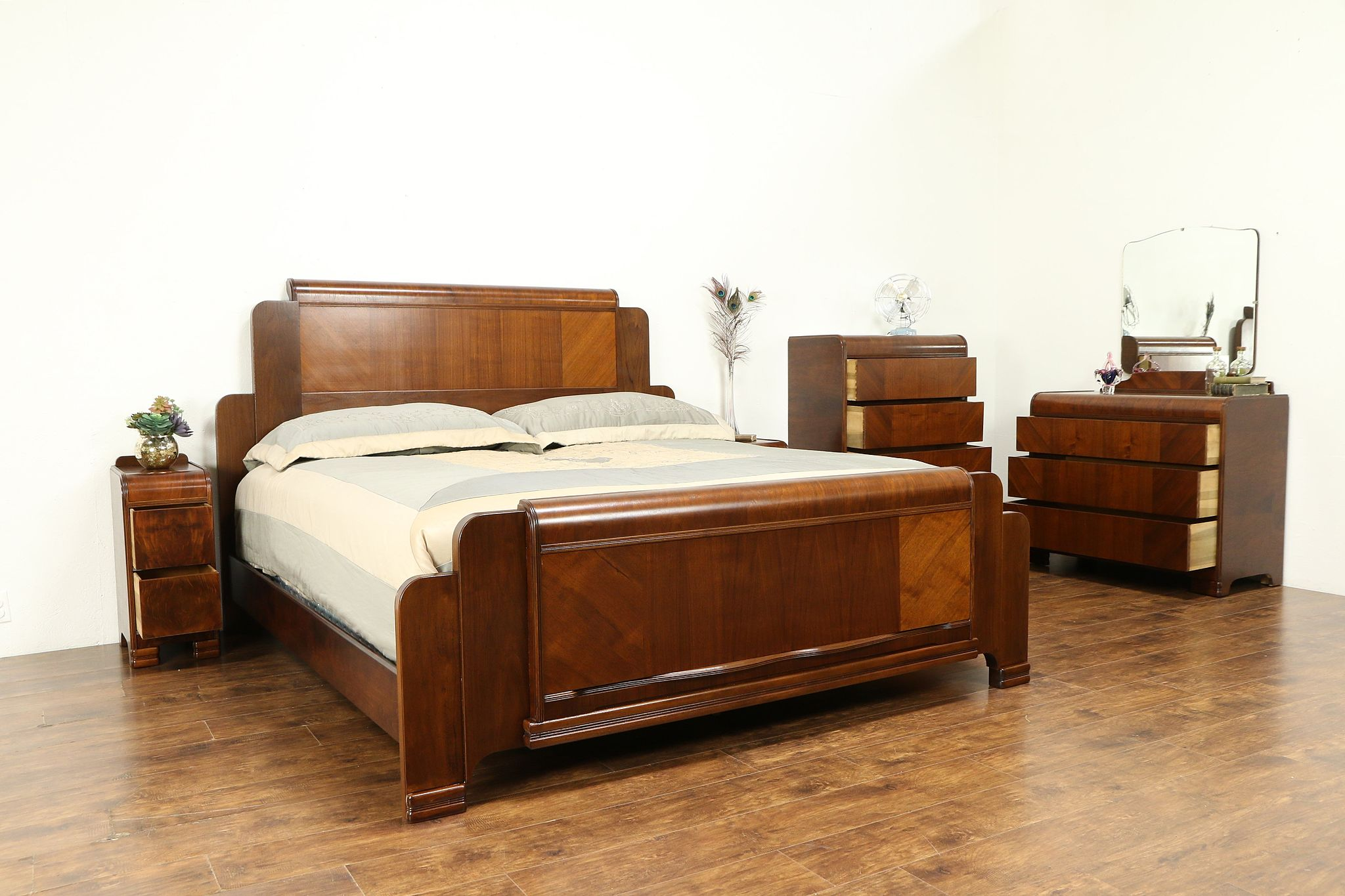 Sold Art Deco Waterfall Design 1940 Vintage 5 Pc Bedroom Set King Size Bed 31163 Harp Gallery Antiques Furniture
