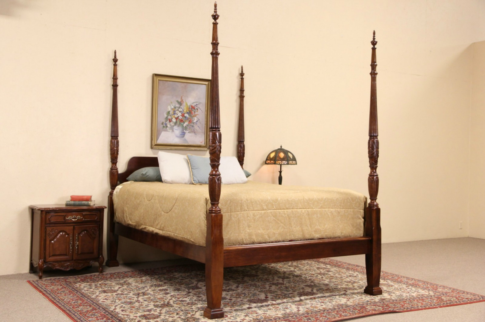 Charleston Rice Motif Carved Mahogany Queen Size Plantation Poster Bed