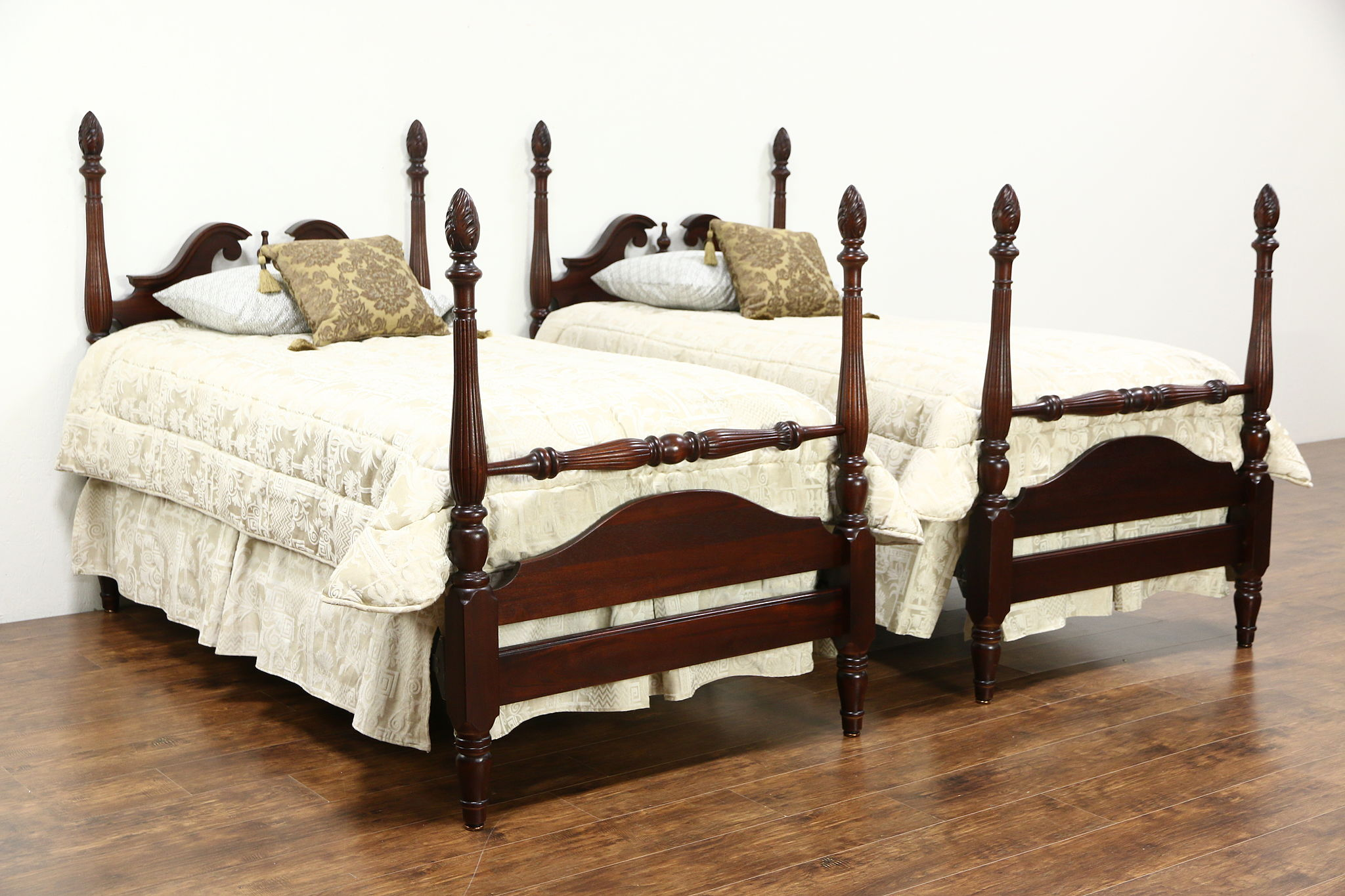 Antiques Independent Antique/vintage Carved French Oak Double Bed