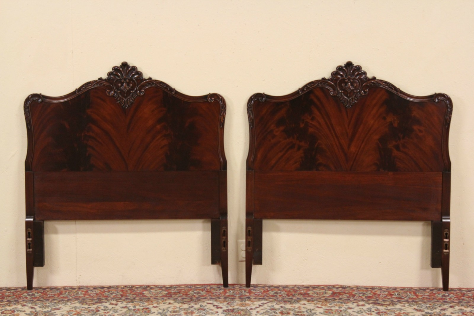 Sold Georgian 1940 S Vintage Mahogany Pair Of Twin