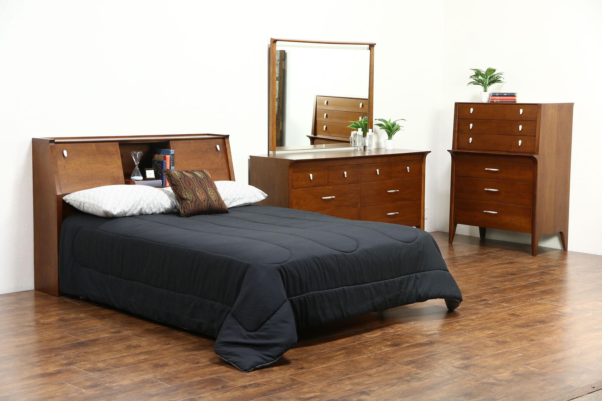 Profile By Drexel Van Koert Midcentury Modern 1960 S Vintage 3 Pc Bedroom Set