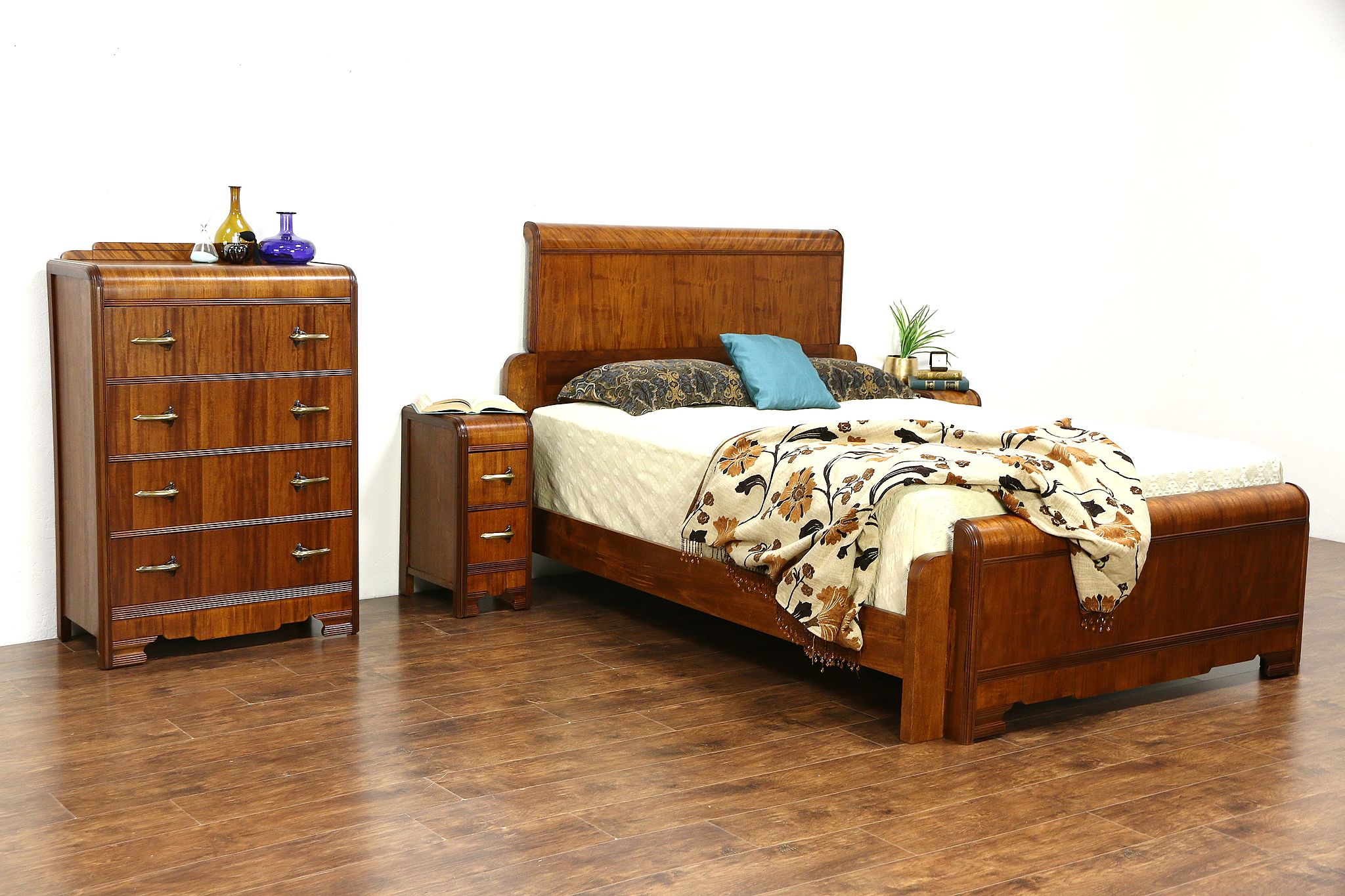 sold art deco waterfall 1930 39 s vintage 4 pc bedroom set queen size bed harp gallery. Black Bedroom Furniture Sets. Home Design Ideas
