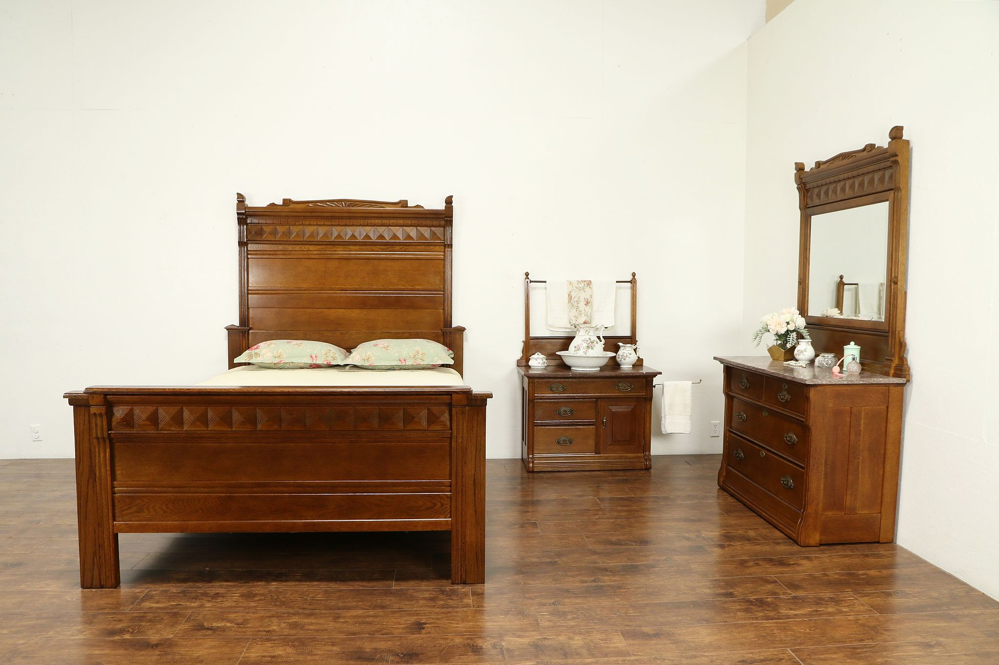 Victorian Antique Oak 3 Pc Bedroom Set, Queen Size Bed #30824