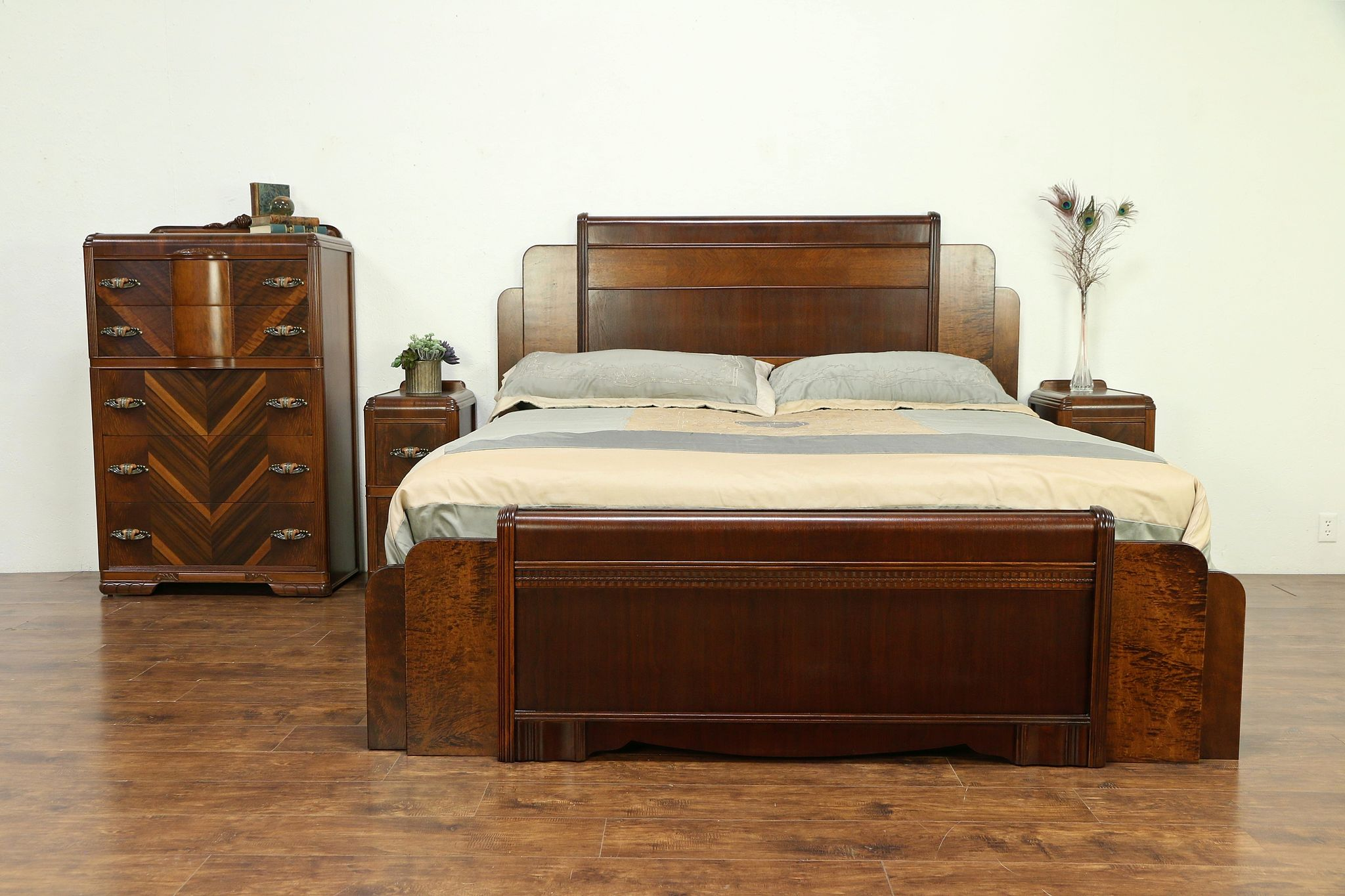 Sold Art Deco Waterfall 1930 S Vintage King Size 4 Pc Bedroom Set 30386 Harp Gallery Antiques Furniture