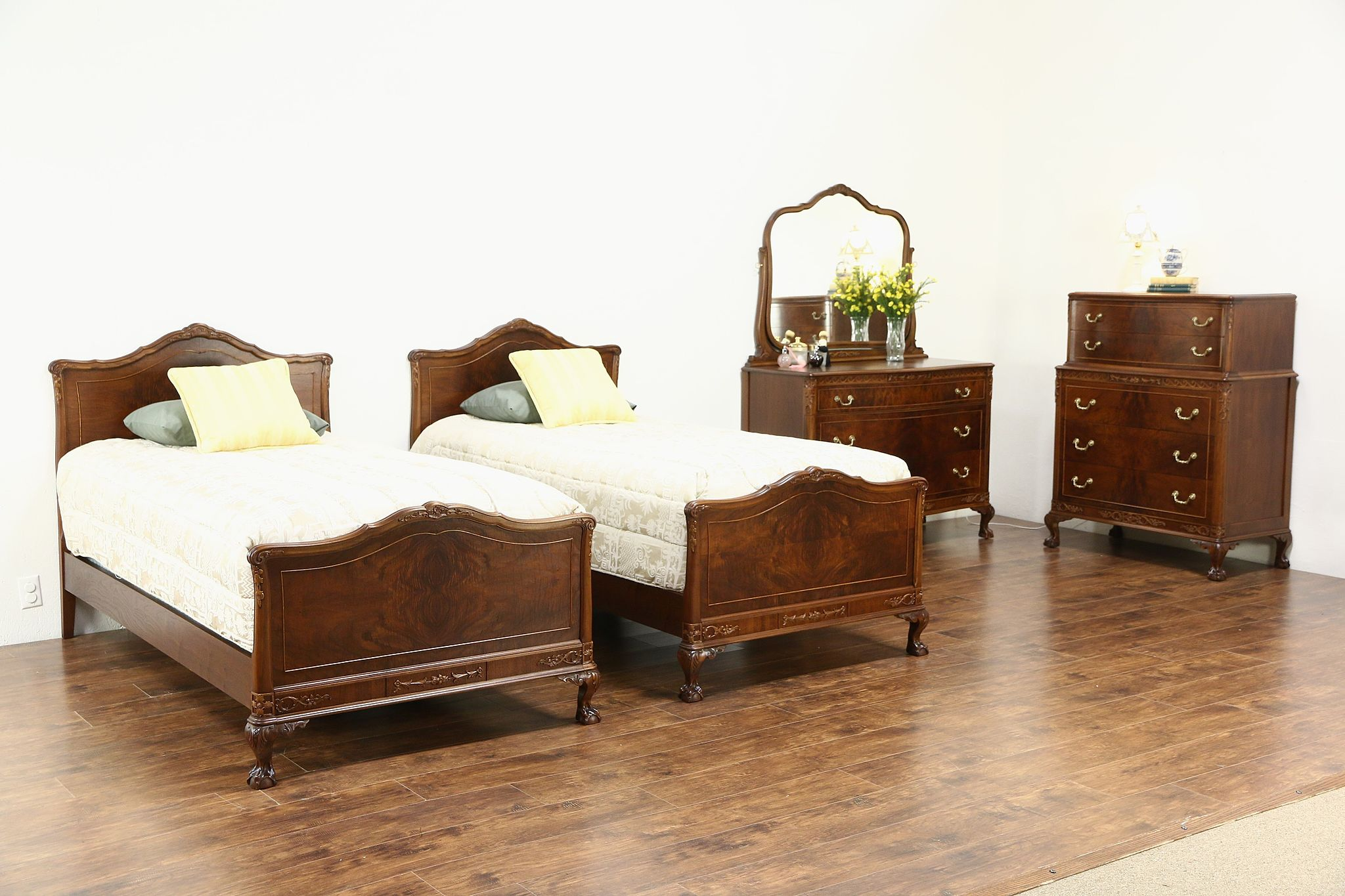 Carved Walnut & Burl 1920 s Antique 4 Pc Bedroom Set Twin Beds