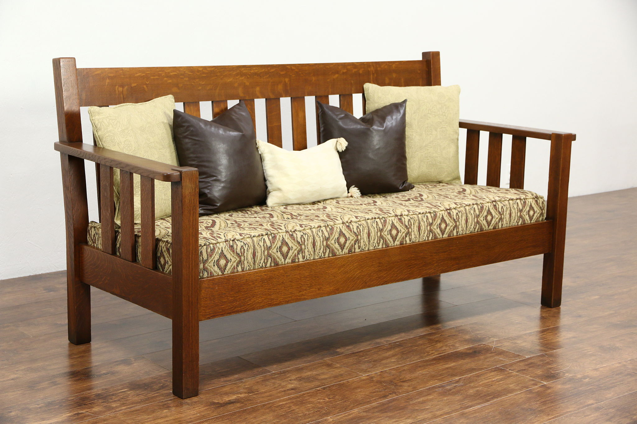 Antique arts and crafts furniture - Arts Crafts Mission Oak Antique 1905 Sofa Craftsman Settee Signed Quaint
