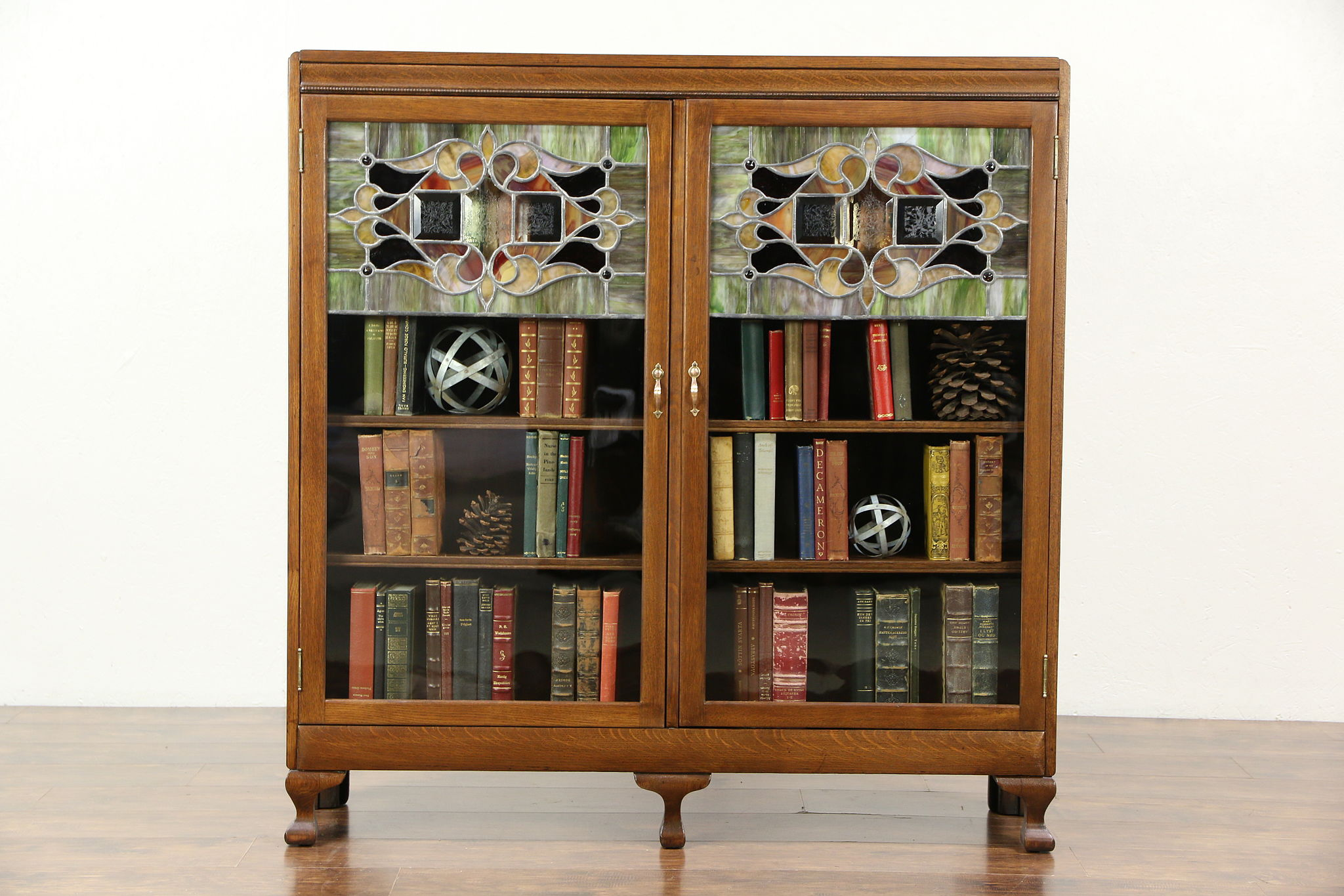 Oak 1900 Antique Bookcase Leaded Stained Glass Doors