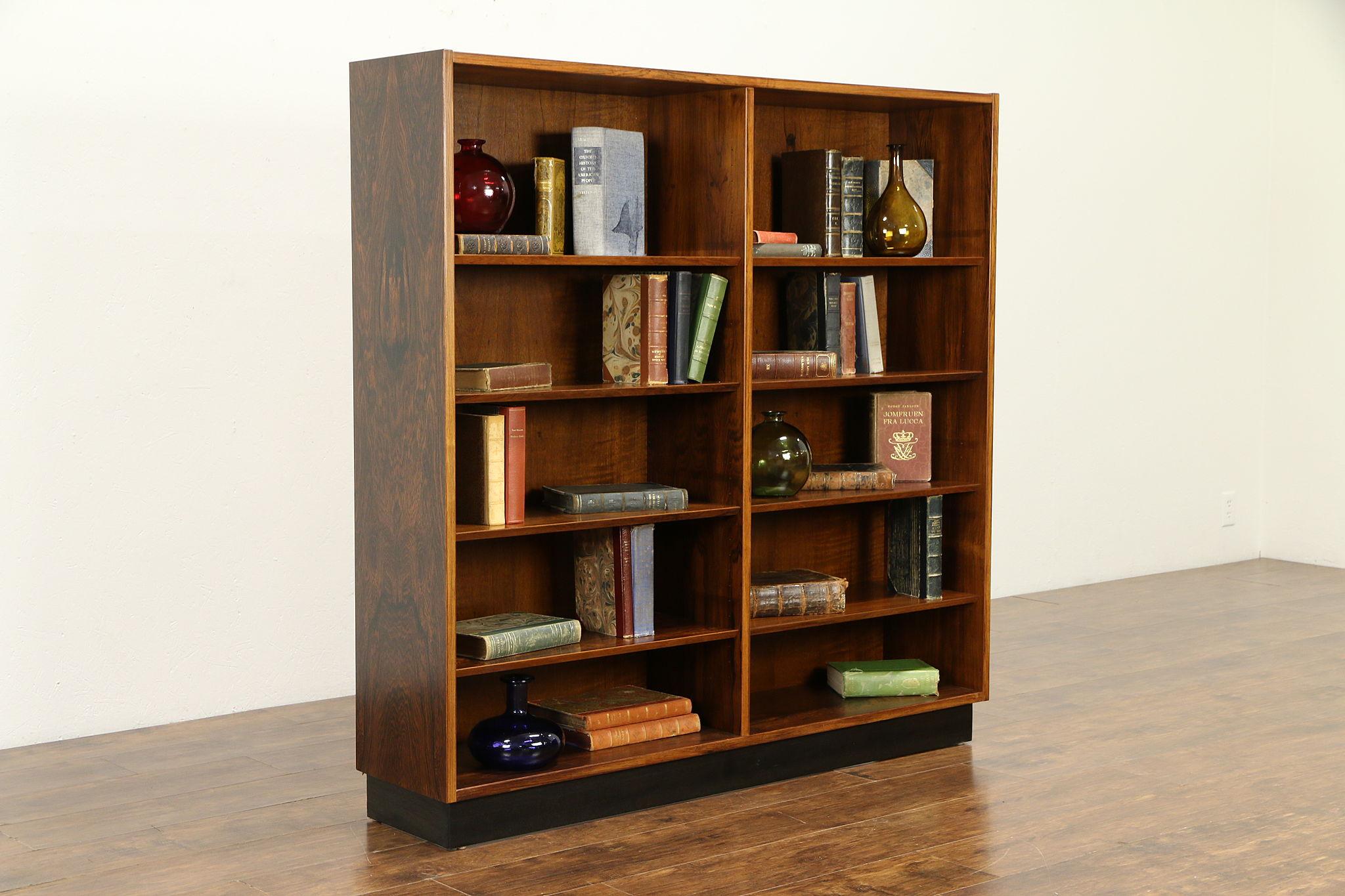Image of: Sold Midcentury Modern Danish Rosewood Vintage Bookcase Hu Hundevad 33066 Harp Gallery Antiques Furniture