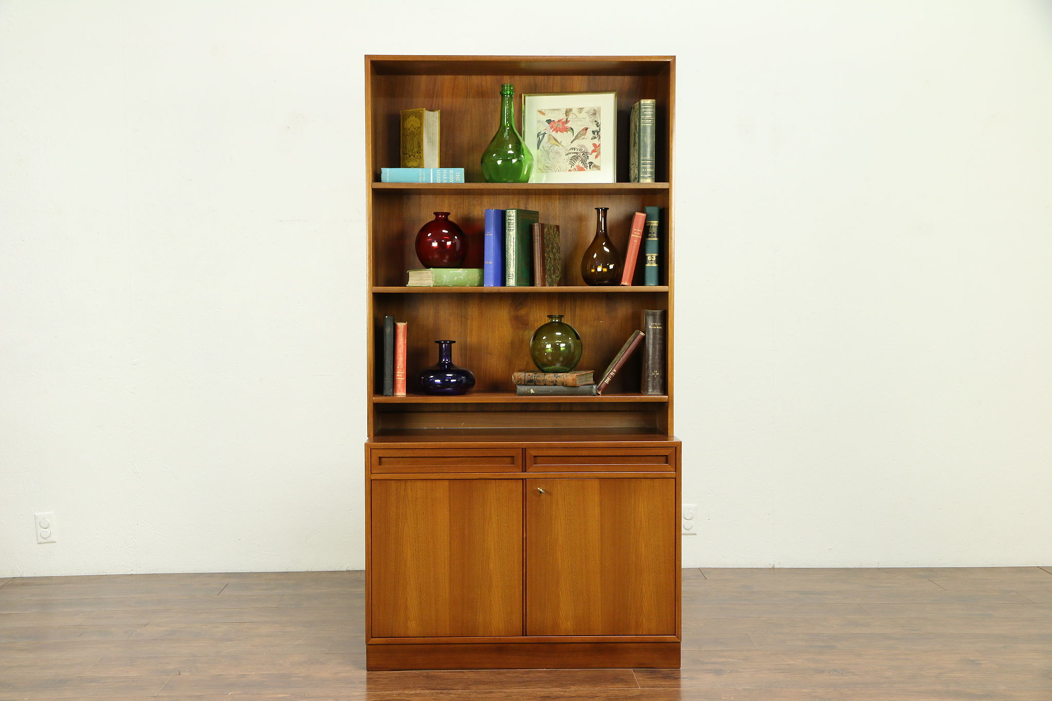 Midcentury Modern 1960 Vintage Scandinavian Teak Bookcase Cabinet 30700