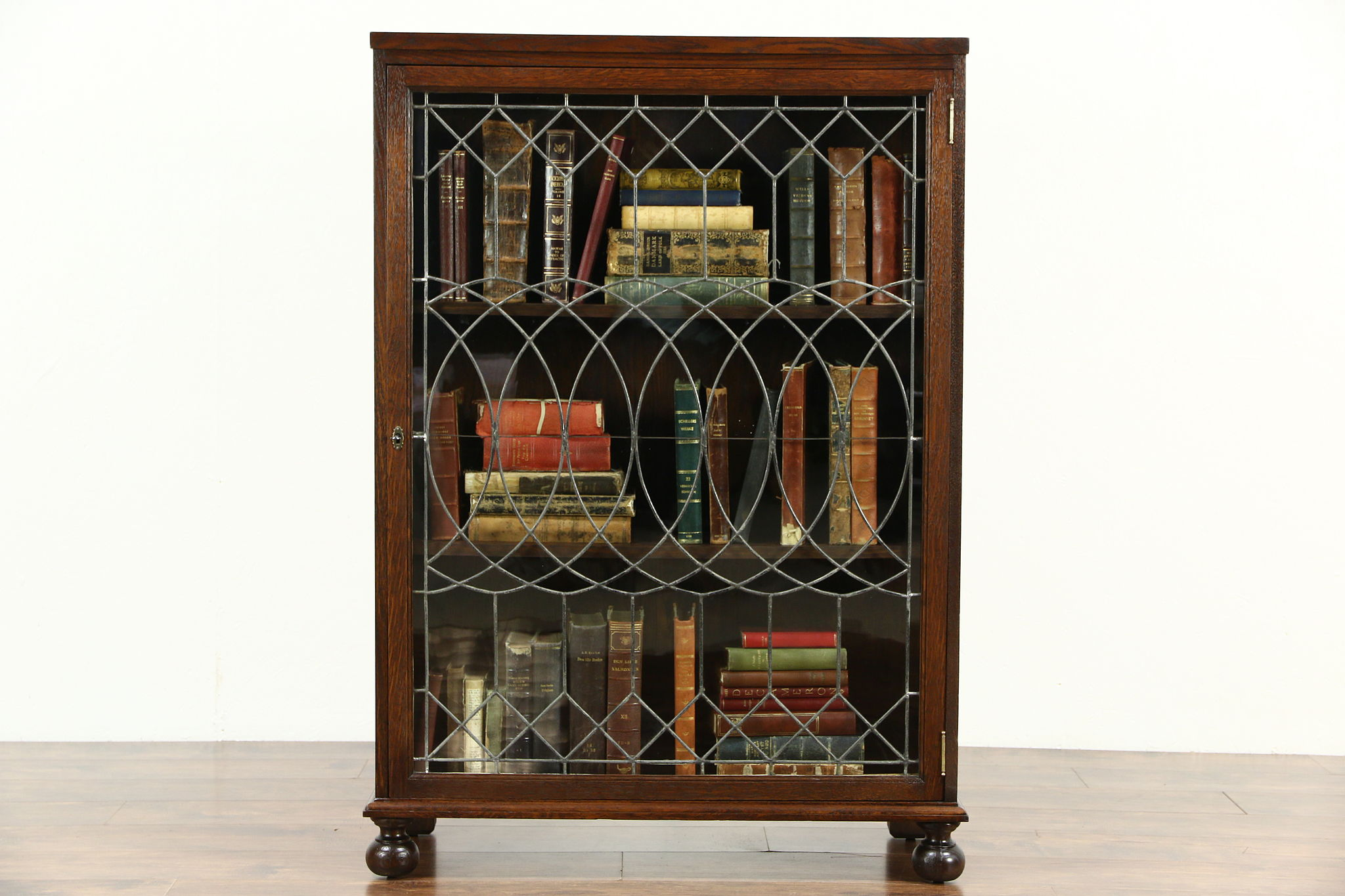 Oak Quarter Sawn 1900 Antique Library Bookcase, Leaded Glass Door