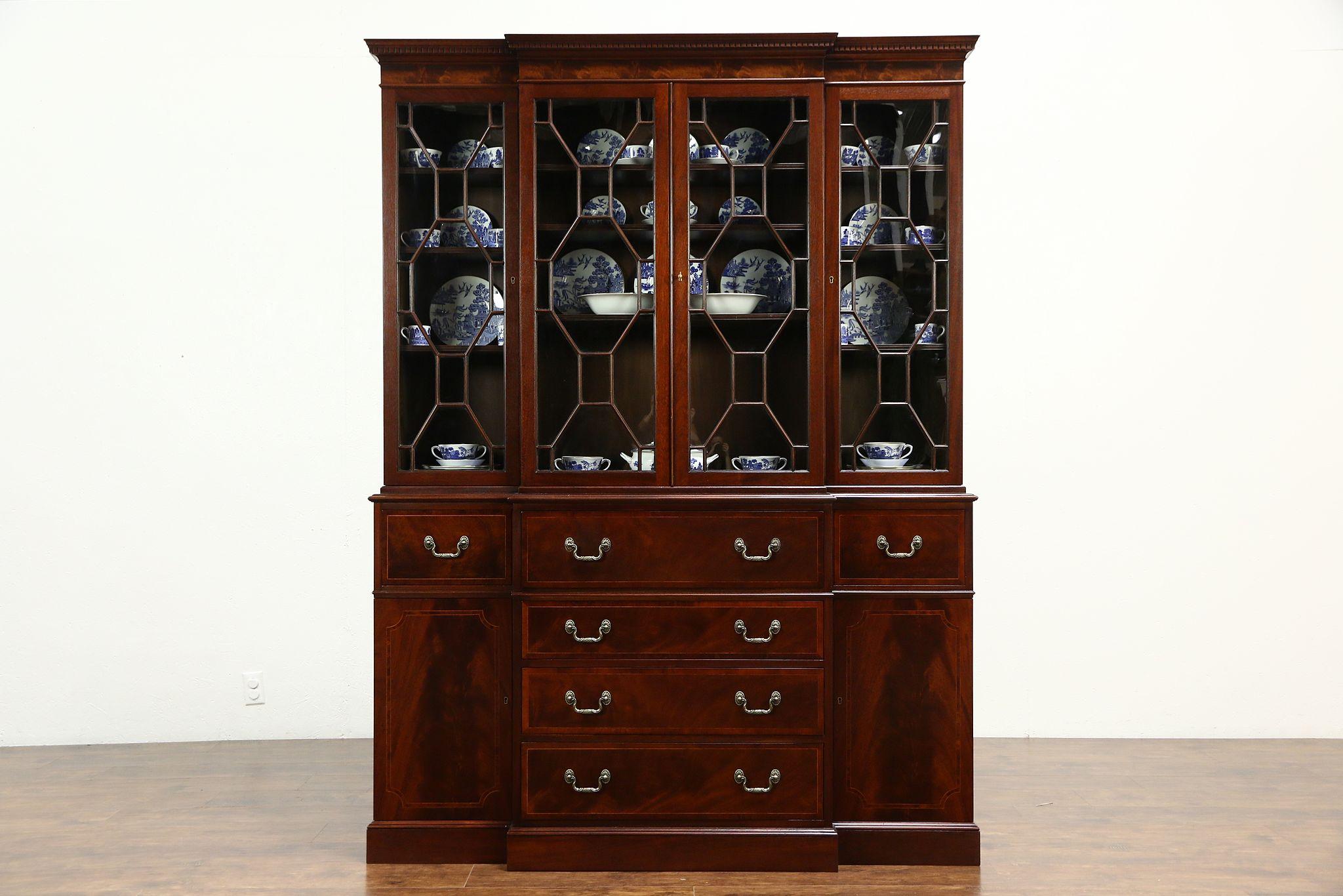 Superbe Baker Signed Vintage Mahogany Breakfront China Cabinet Or Bookcase U0026 Desk