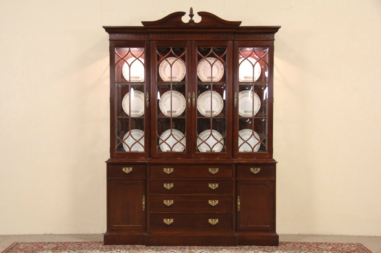 photo 1 Knob Creek Cherry Breakfront 1992 Vintage China Cabinet ... - SOLD - Knob Creek Cherry Breakfront 1992 Vintage China Cabinet