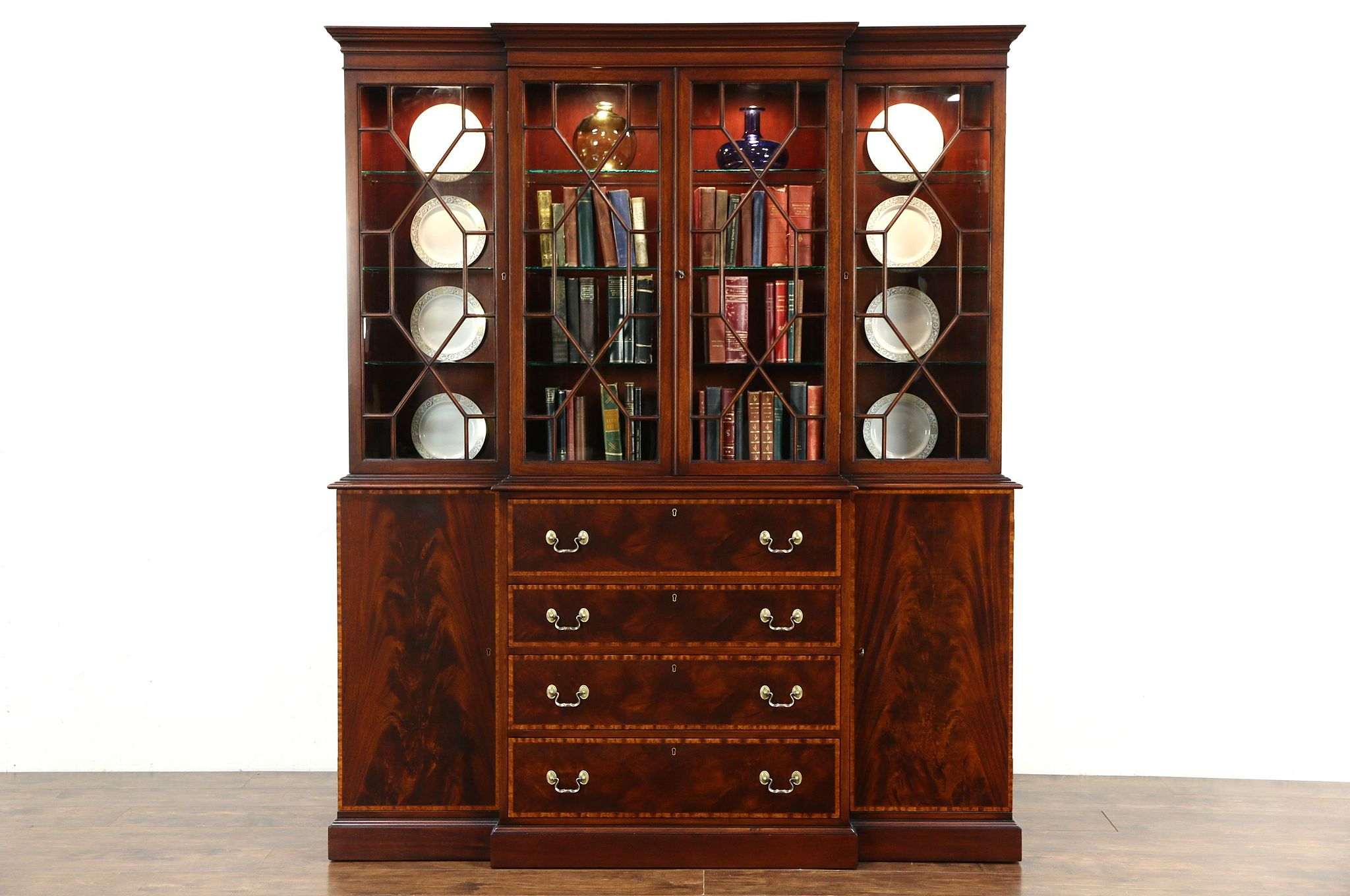 Beacon Hill Signed Traditional Breakfront Vintage China Display Cabinet