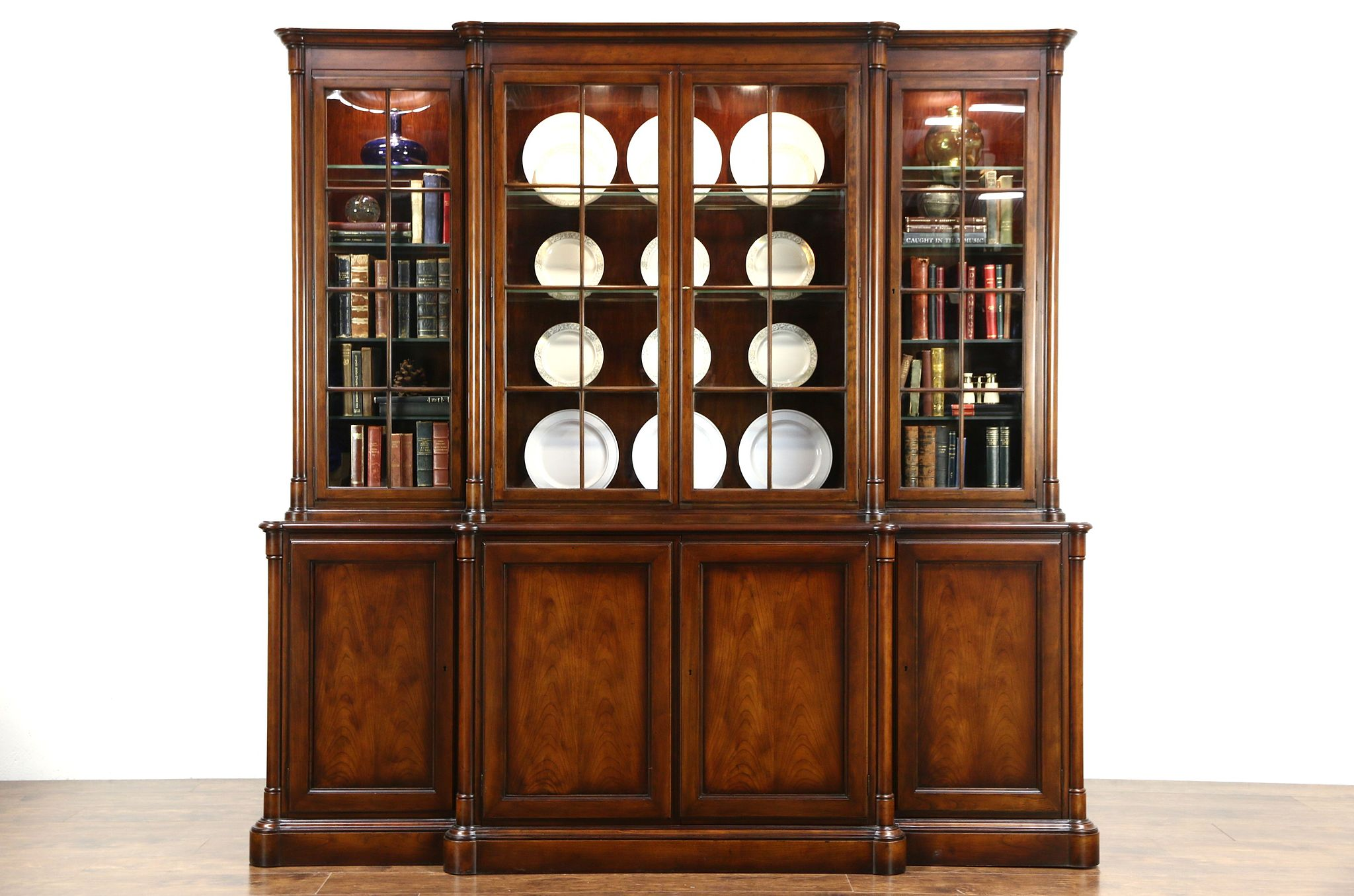 Exceptionnel Baker Signed Vintage Cherry Lighted Breakfront China Display Cabinet