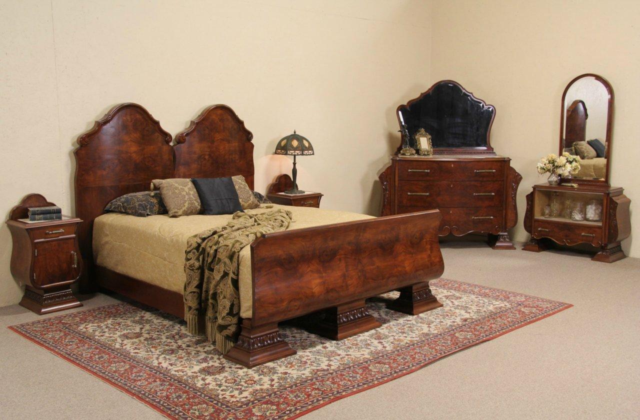 Italian Art Deco 1925 Queen Size 5 Pc. Bedroom Set, ...