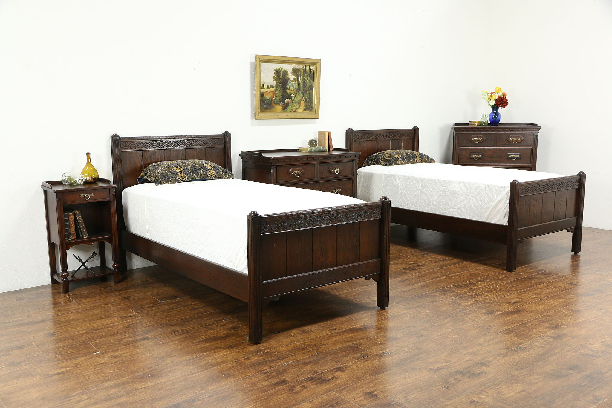 Oak Antique Tudor Bedroom Set 2 Chests Twin Beds Nightstand Imperial 34173 Harp Gallery Antiques Furniture
