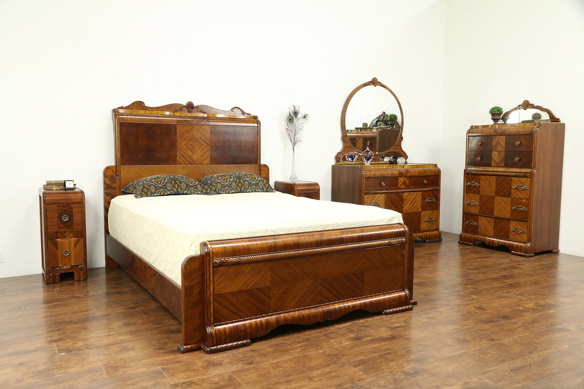 Art Deco Waterfall Vintage 5 pc Bedroom Set, Queen Size Bed #30957