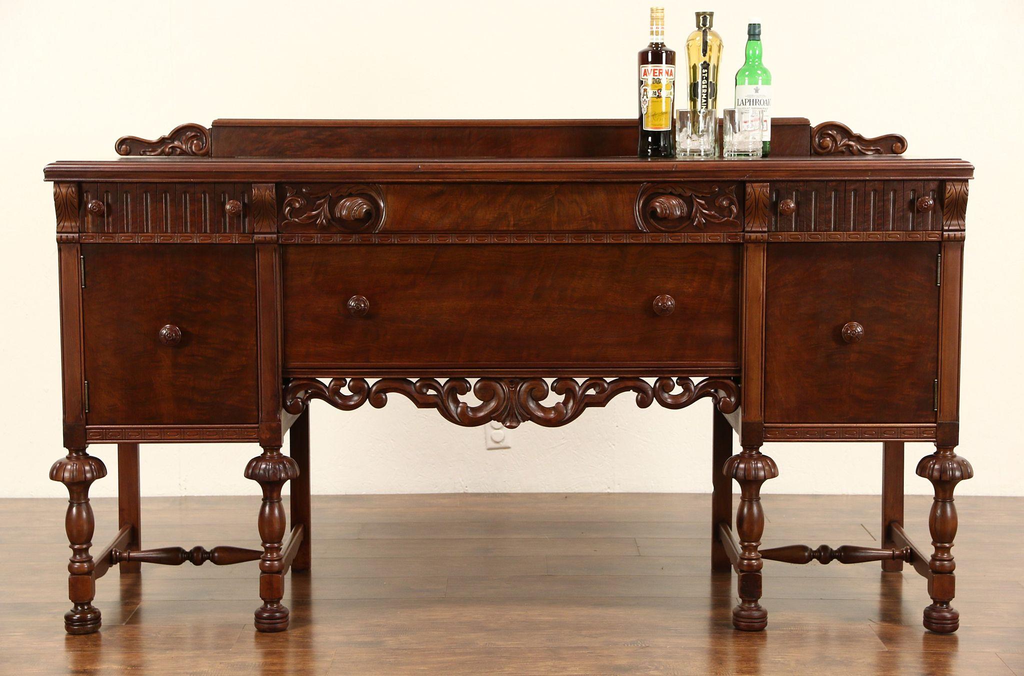 Good English Tudor Style 1925 Antique Sideboard Or Buffet, Walnut U0026 Burl, Signed