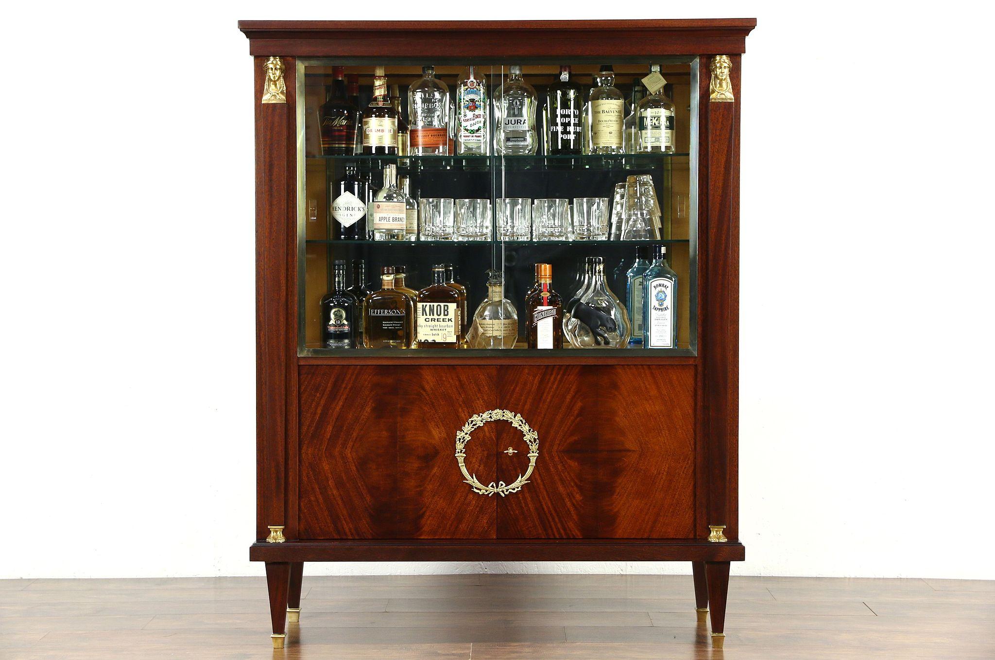 Classical Vintage Bar China Curio Display Cabinet, Gold Head, Feet U0026 Laurel