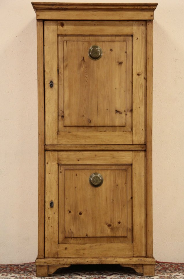 Bohemian Country Pine 1900 Antique Linen Cabinet or Pantry Cupboard - SOLD - Bohemian Country Pine 1900 Antique Linen Cabinet Or Pantry
