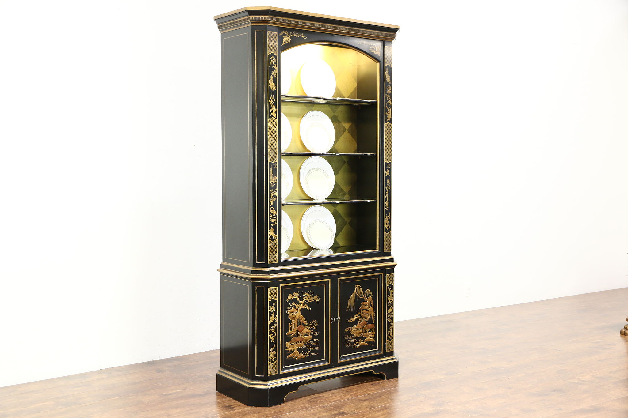 Attirant Black Lacquer Chinoiserie Vintage Curio Or China Display Cabinet Signed  Heritage ...