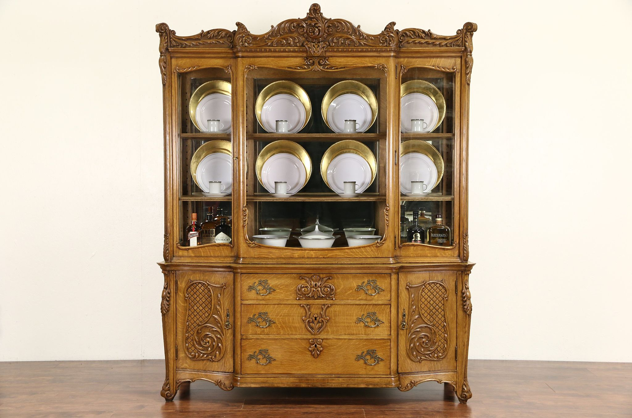 Superieur Oak Victorian Carved 1910 Antique China Display Cabinet, Wavy Glass U0026  Mirrors
