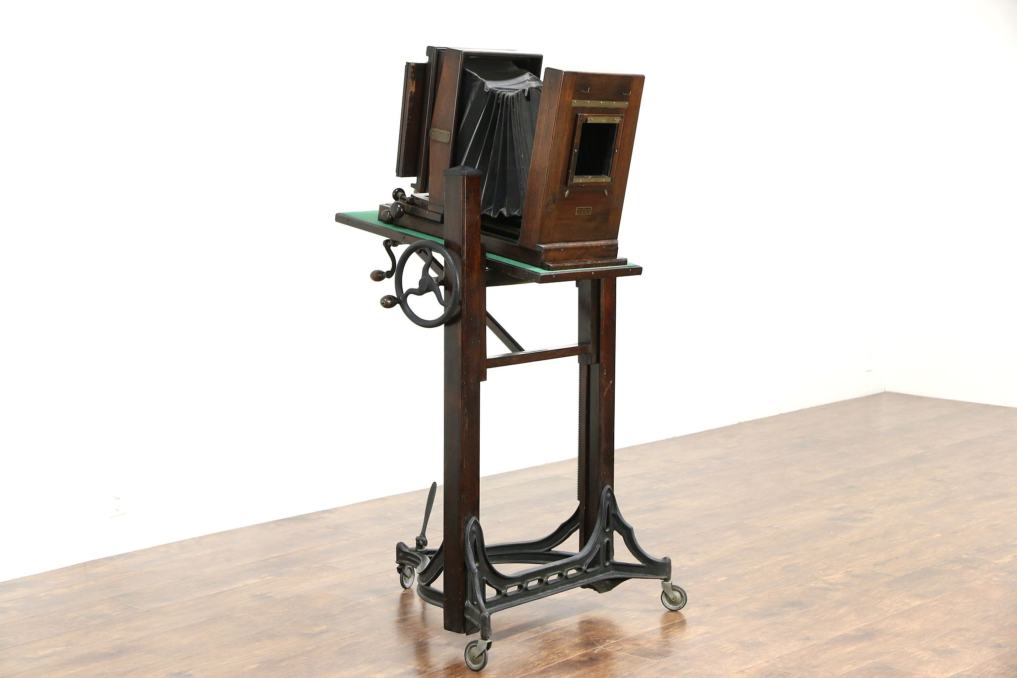 Sold Century Antique Studio Camera Amp Stand Folmer