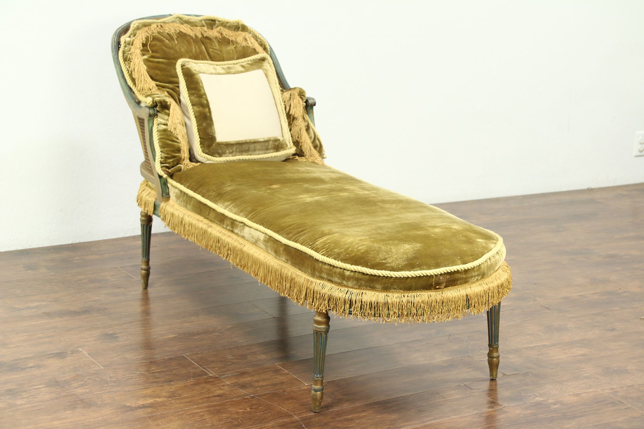 Fantastic Chaise Lounge Sofa 1920S Antique Louis Xvi Style Caned Seat Alphanode Cool Chair Designs And Ideas Alphanodeonline