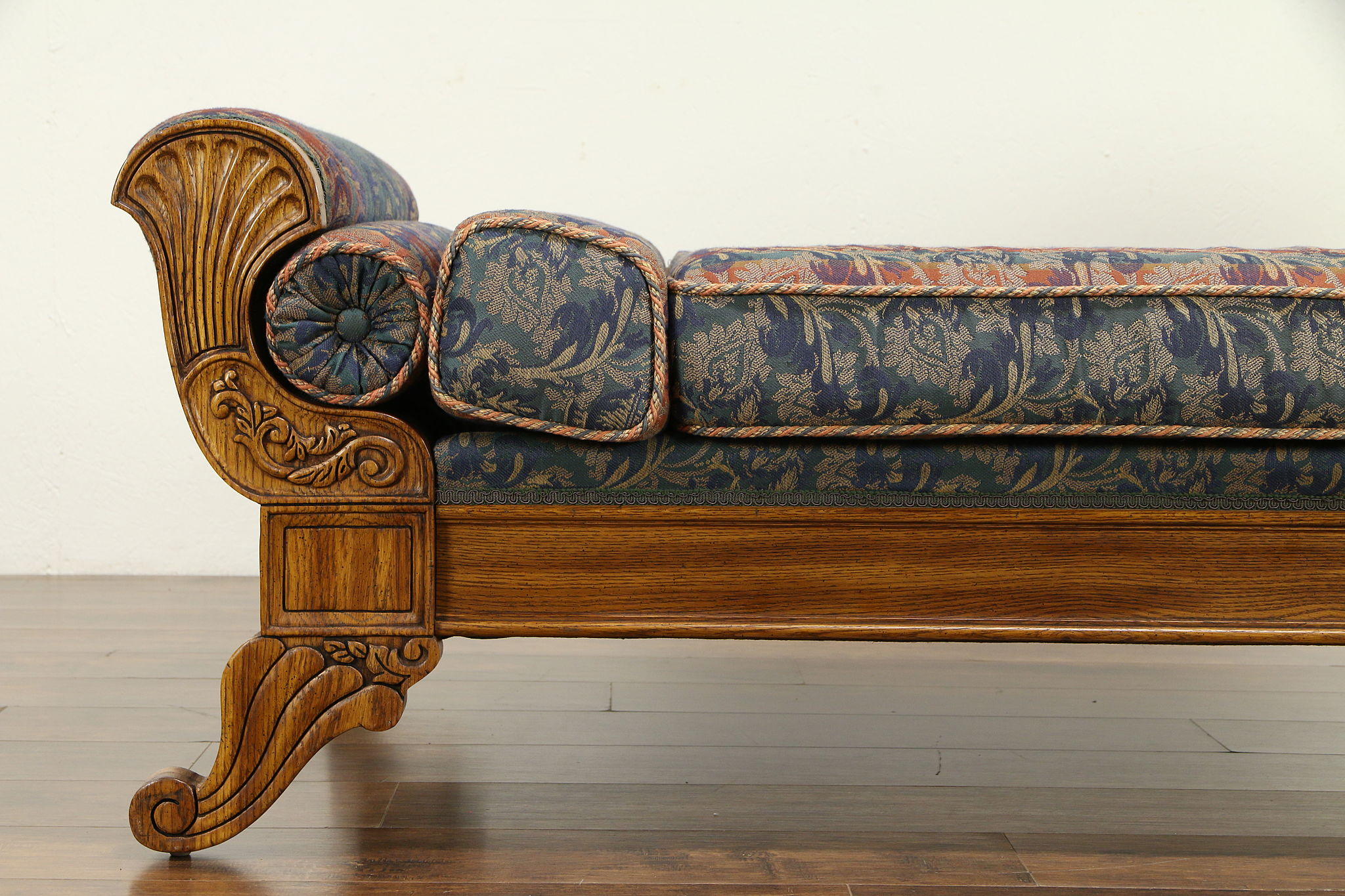 Swell Victorian Style Vintage Oak Chaise Lounge Day Bed Fainting Couch Pulaski 32275 Camellatalisay Diy Chair Ideas Camellatalisaycom