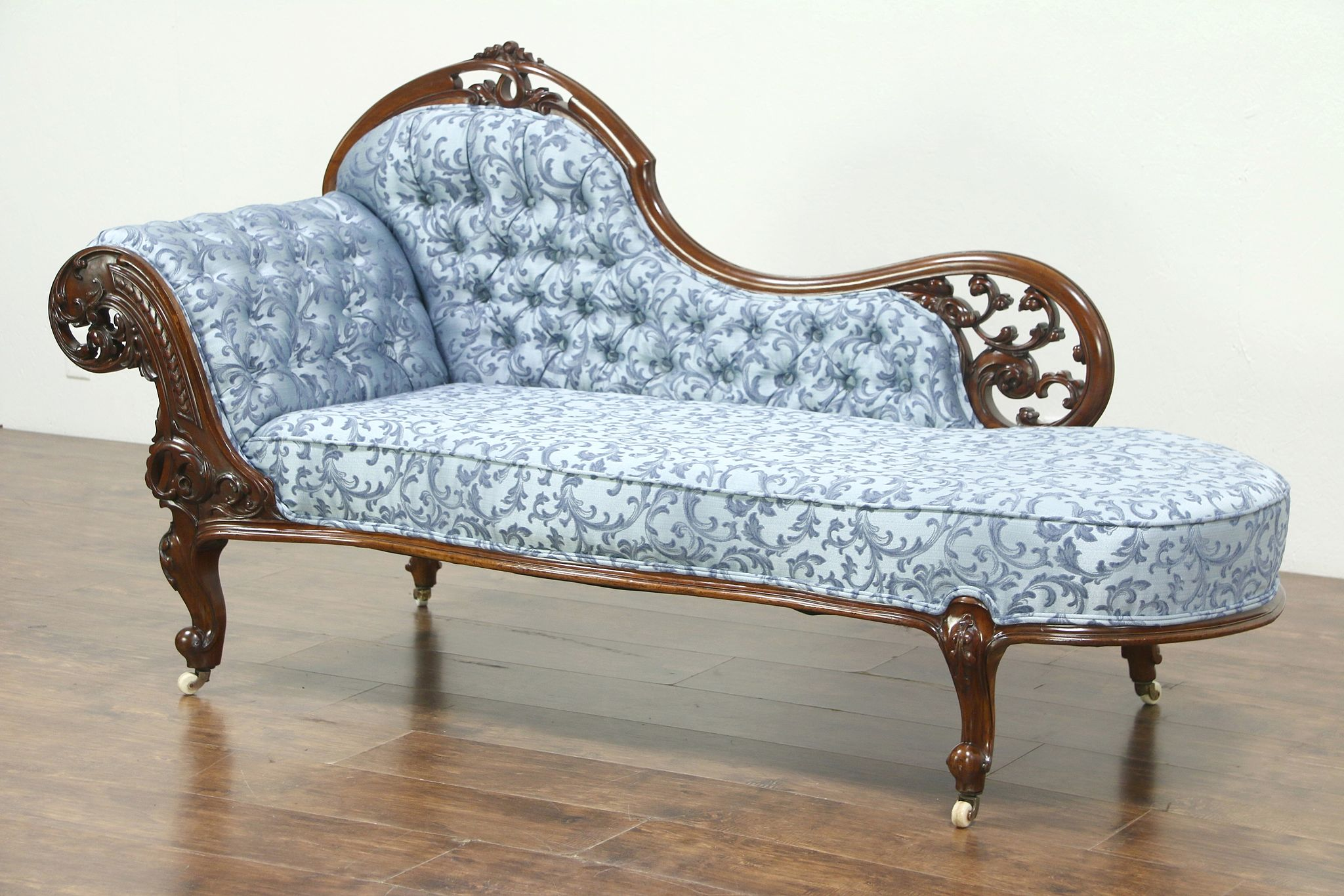 Carved Mahogany Antique Recamier Chaise Or Fainting Couch England 28747