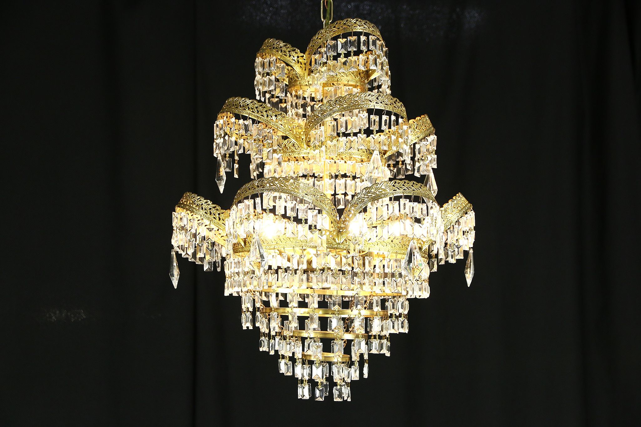 Art deco or mid century modern vintage chandelier crystal prisms mozeypictures Choice Image