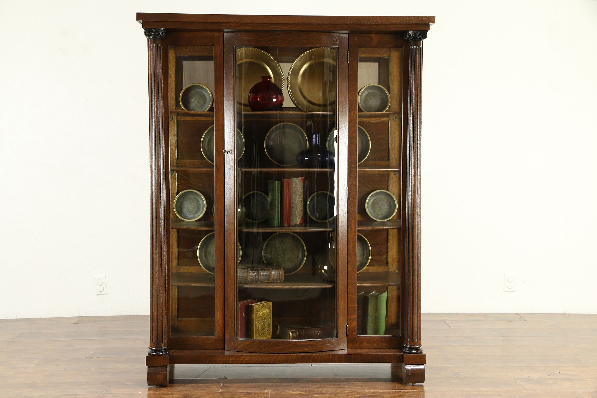 Antique Curio Cabinet With Curved Glass.Oak Antique Curved Glass China Or Curio Cabinet Fluted Columns 30743