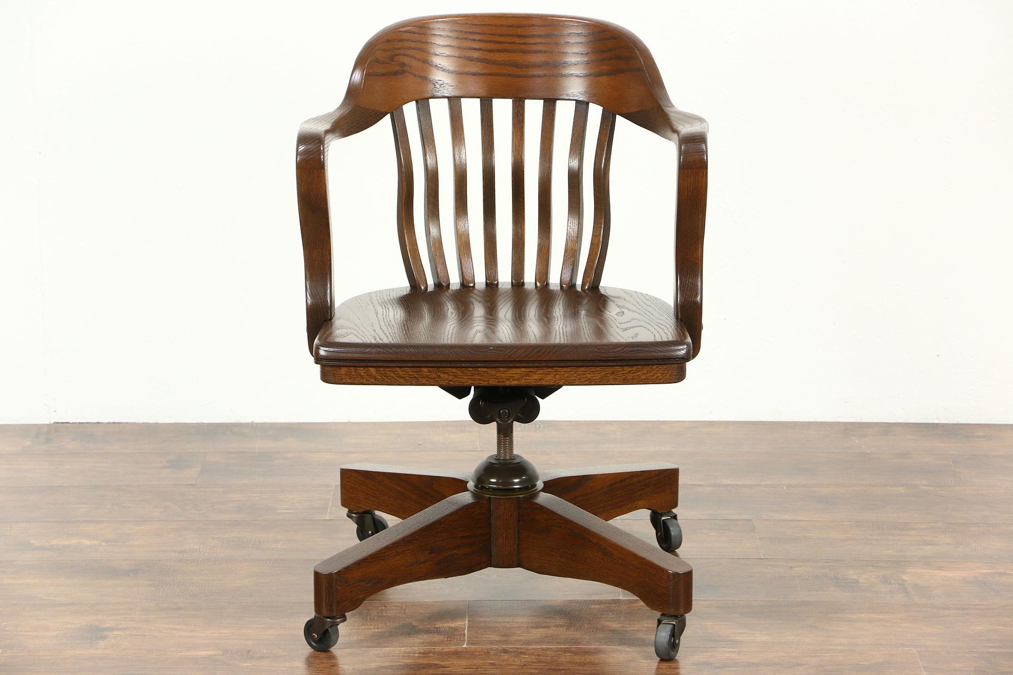 Incredible Oak Swivel Adjustable 1950S Vintage Desk Chair Signed Jasper Unemploymentrelief Wooden Chair Designs For Living Room Unemploymentrelieforg