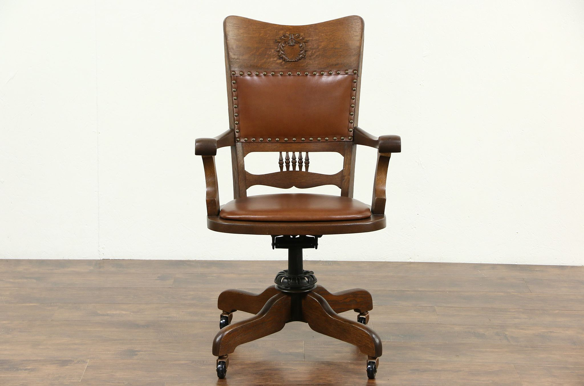 Sold Oak Amp Leather Swivel Adjustable Antique Desk Chair