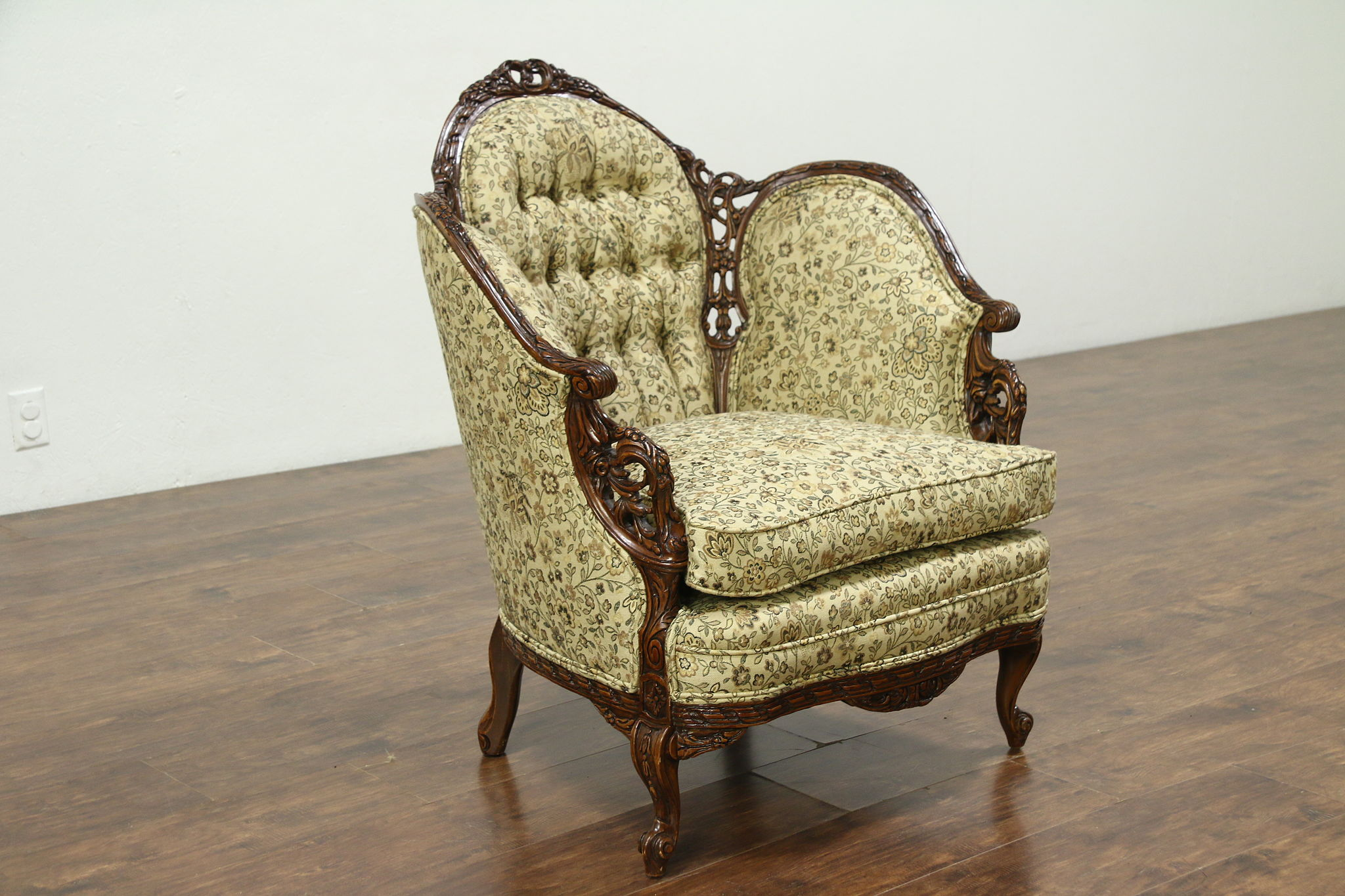 Sold French Style Carved 1930 S Vintage Chair New Tufted Upholstery Harp Gallery Antiques
