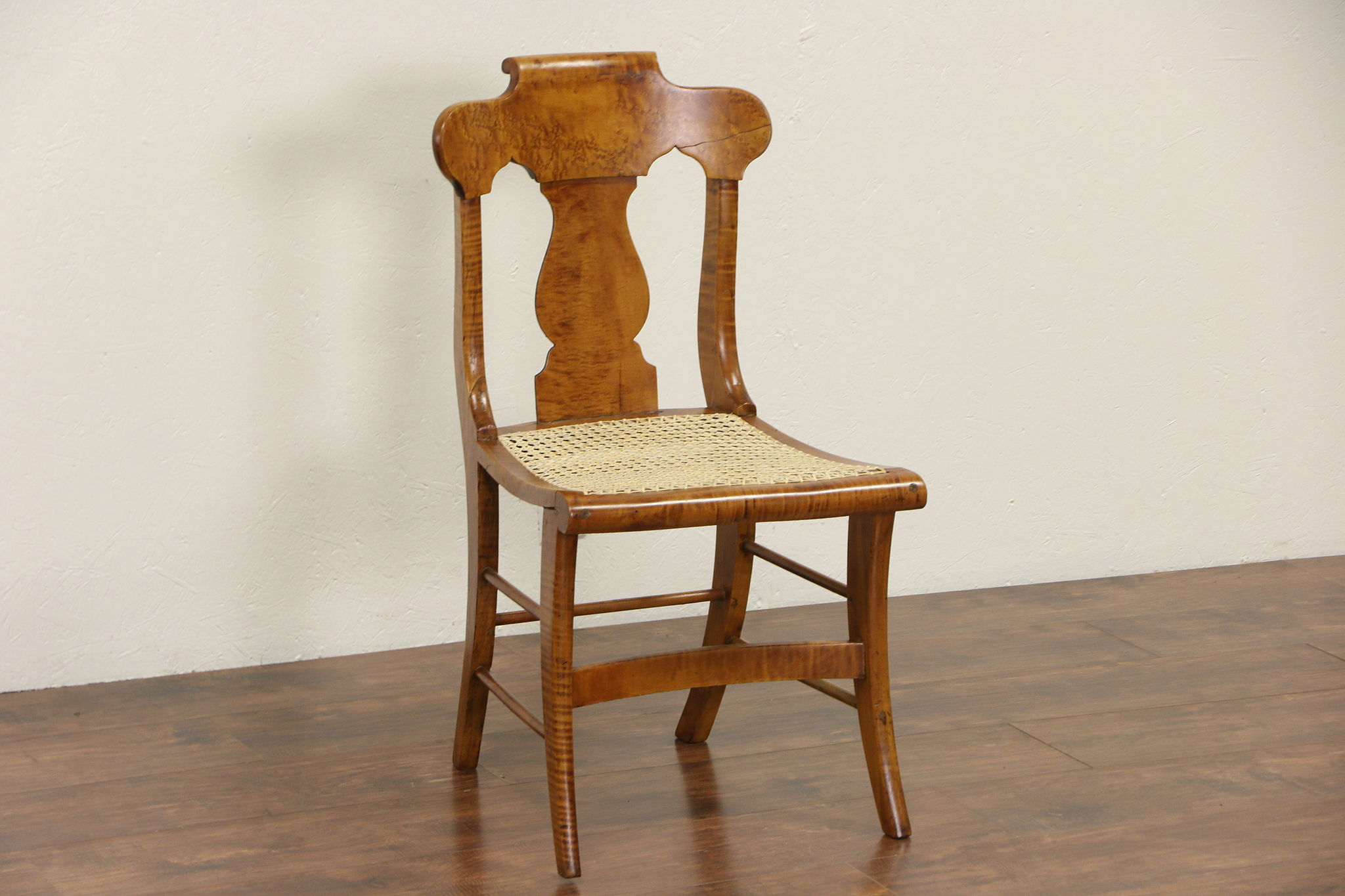 Beau Fiddle Back 1840u0027s Antique Curly Birdseye Maple New England Chair, New  Caning