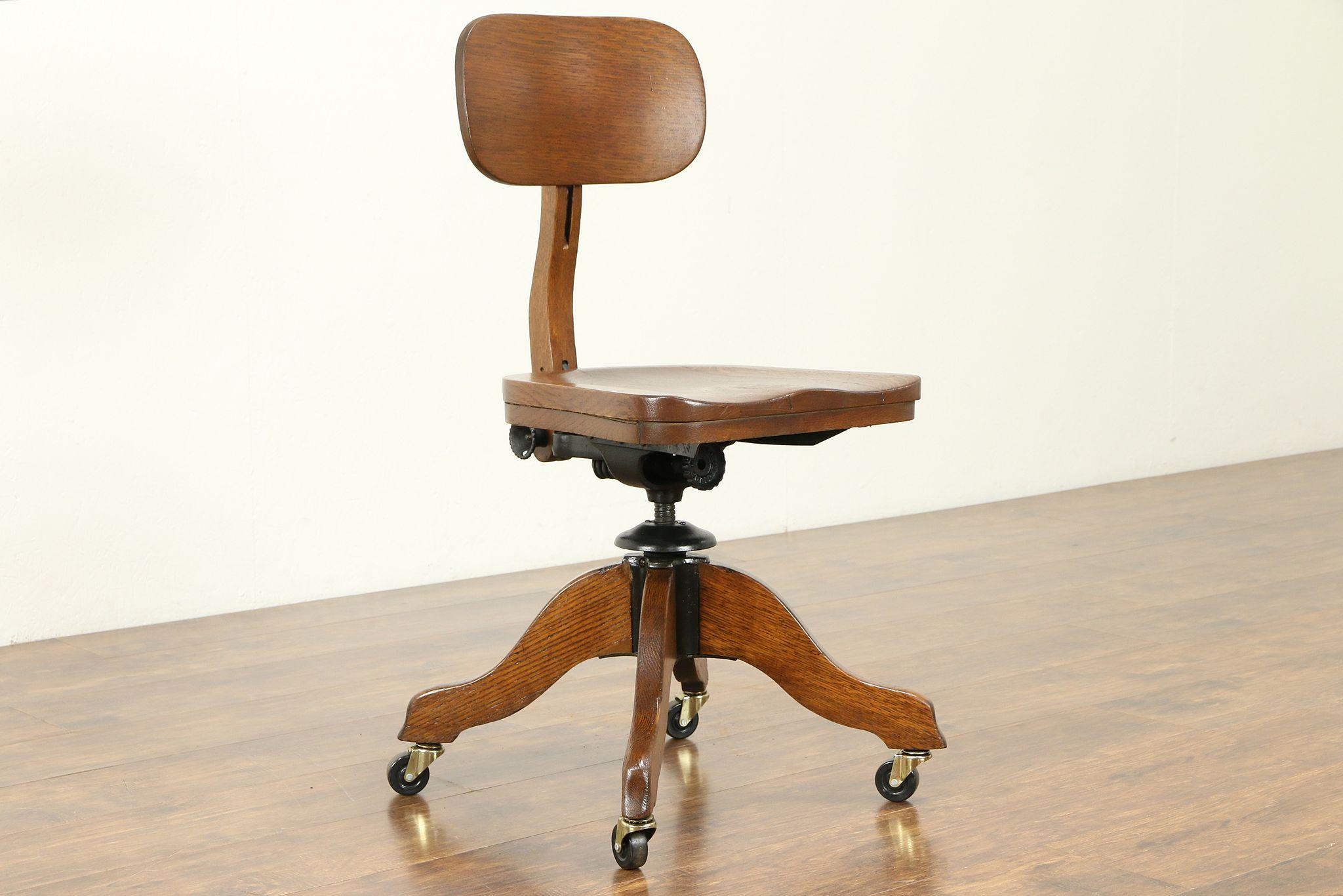 Swivel Quarter Sawn Oak 1925 Antique Desk Chair Adjustable Johnson 30955