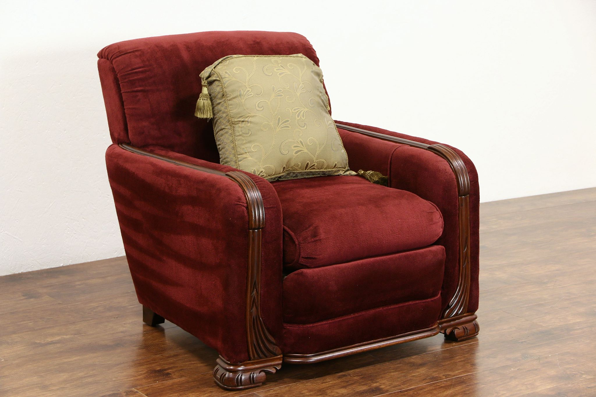 Art deco 1940 vintage large comfortable chair with arms photo